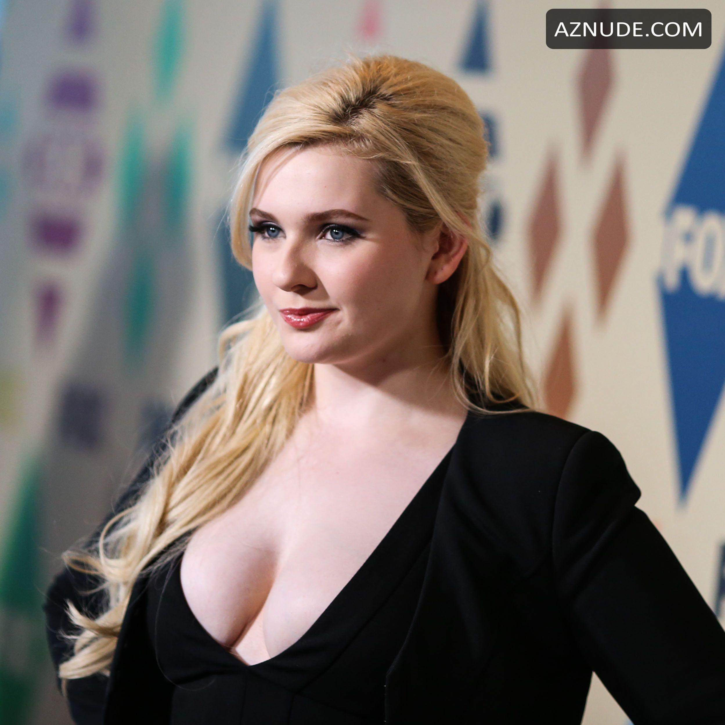 Abigail Breslin Nude Porn - ABIGAIL BRESLIN Nude - AZNude