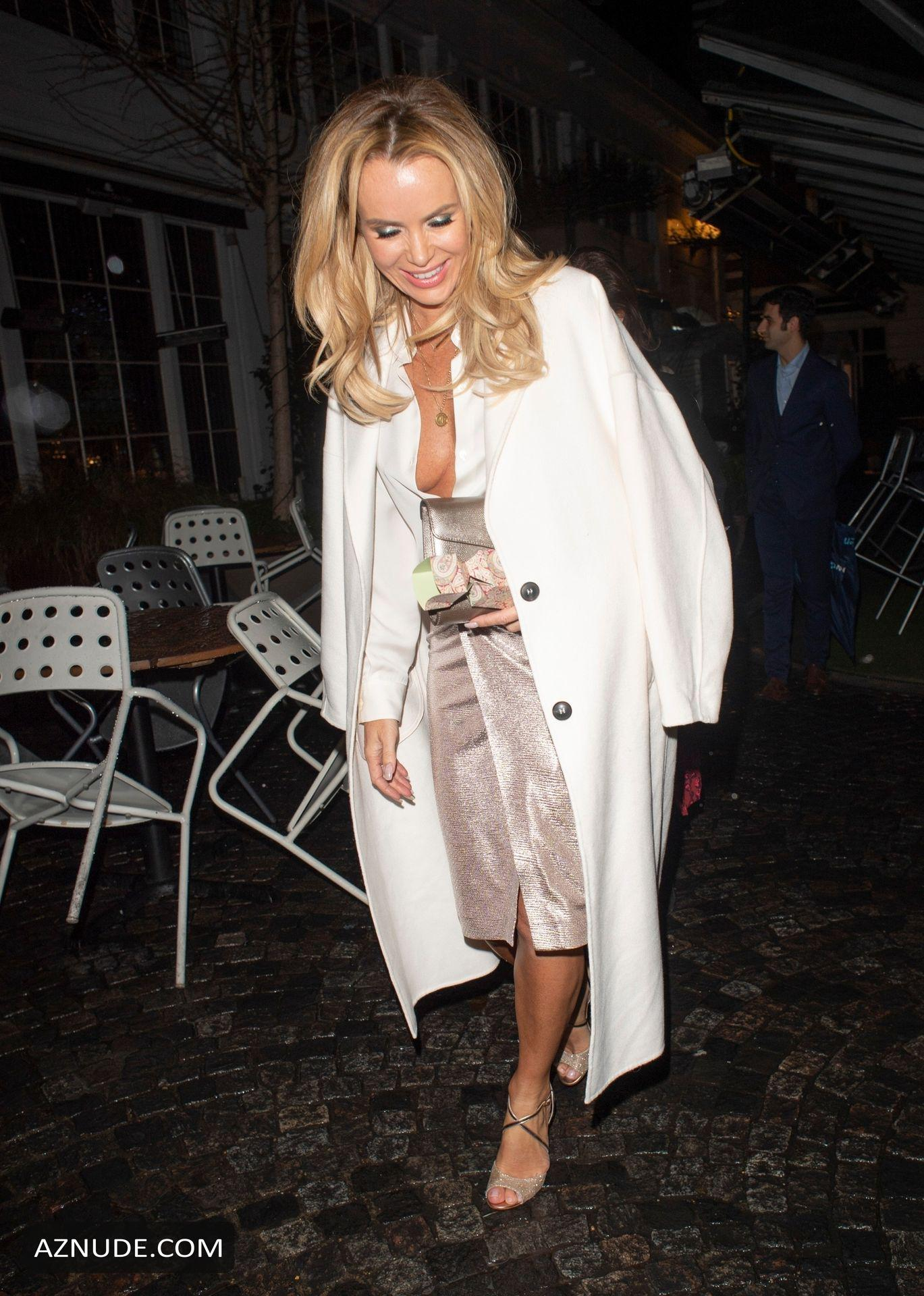 Amanda Holden Nip Slip At Her Party At The Bluebird In -5554