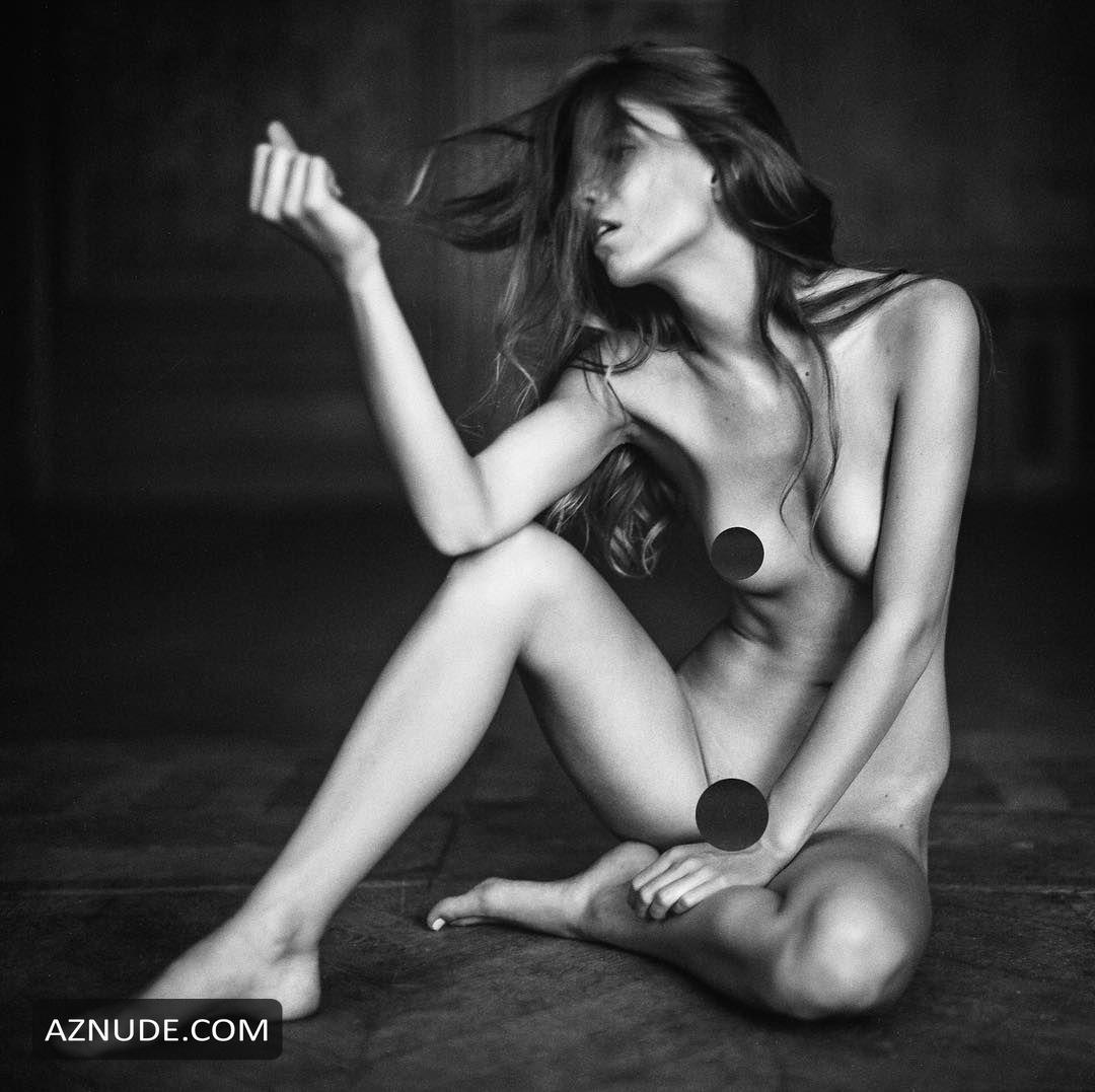 Angela Olszewska Nude In Sexy Photo Collection - Aznude-7618