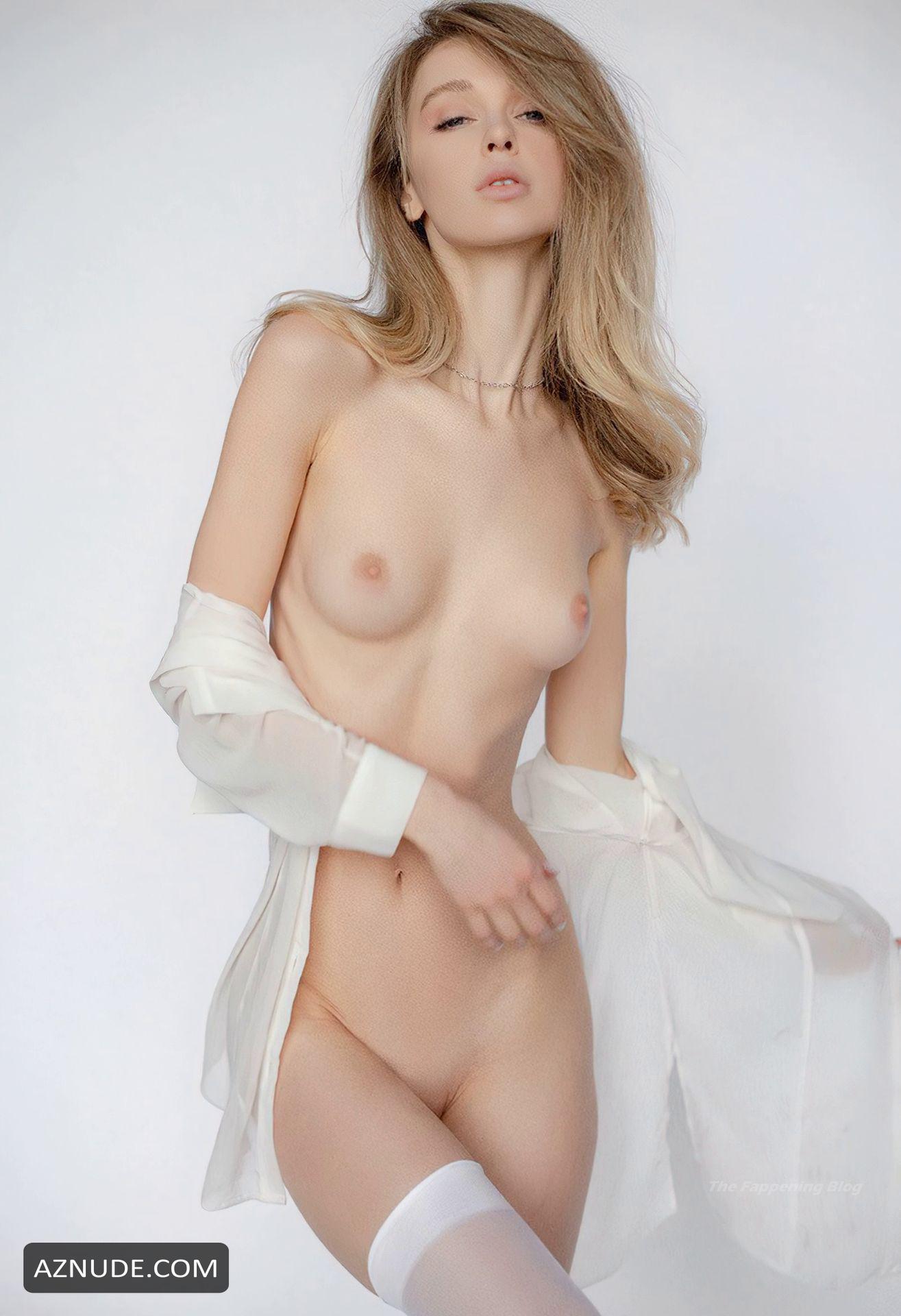 Nude anna tsaralunga Anna Tsaralunga