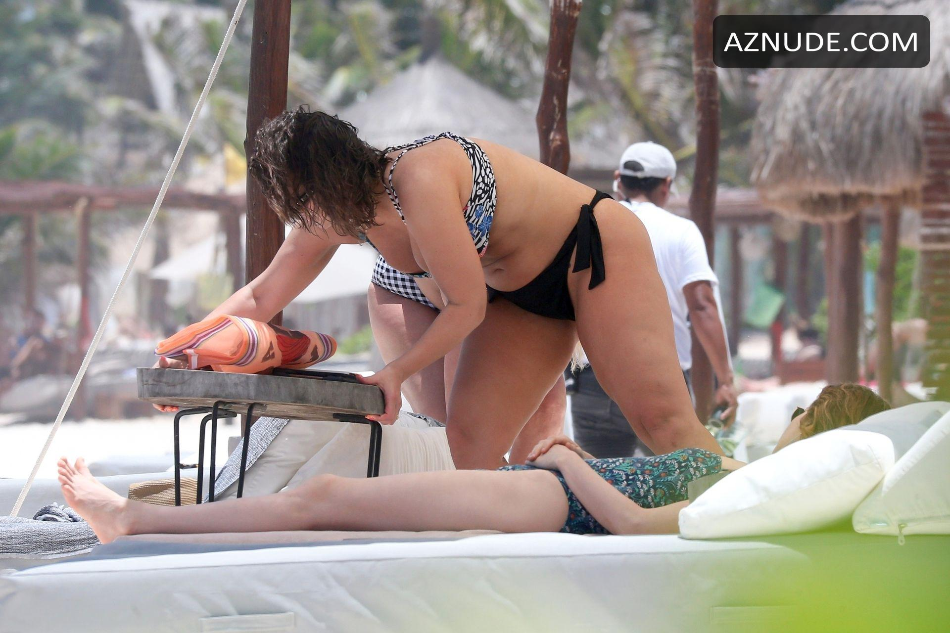 Ashley Graham Sexy With Her Mom Linda Graham For Their -4368