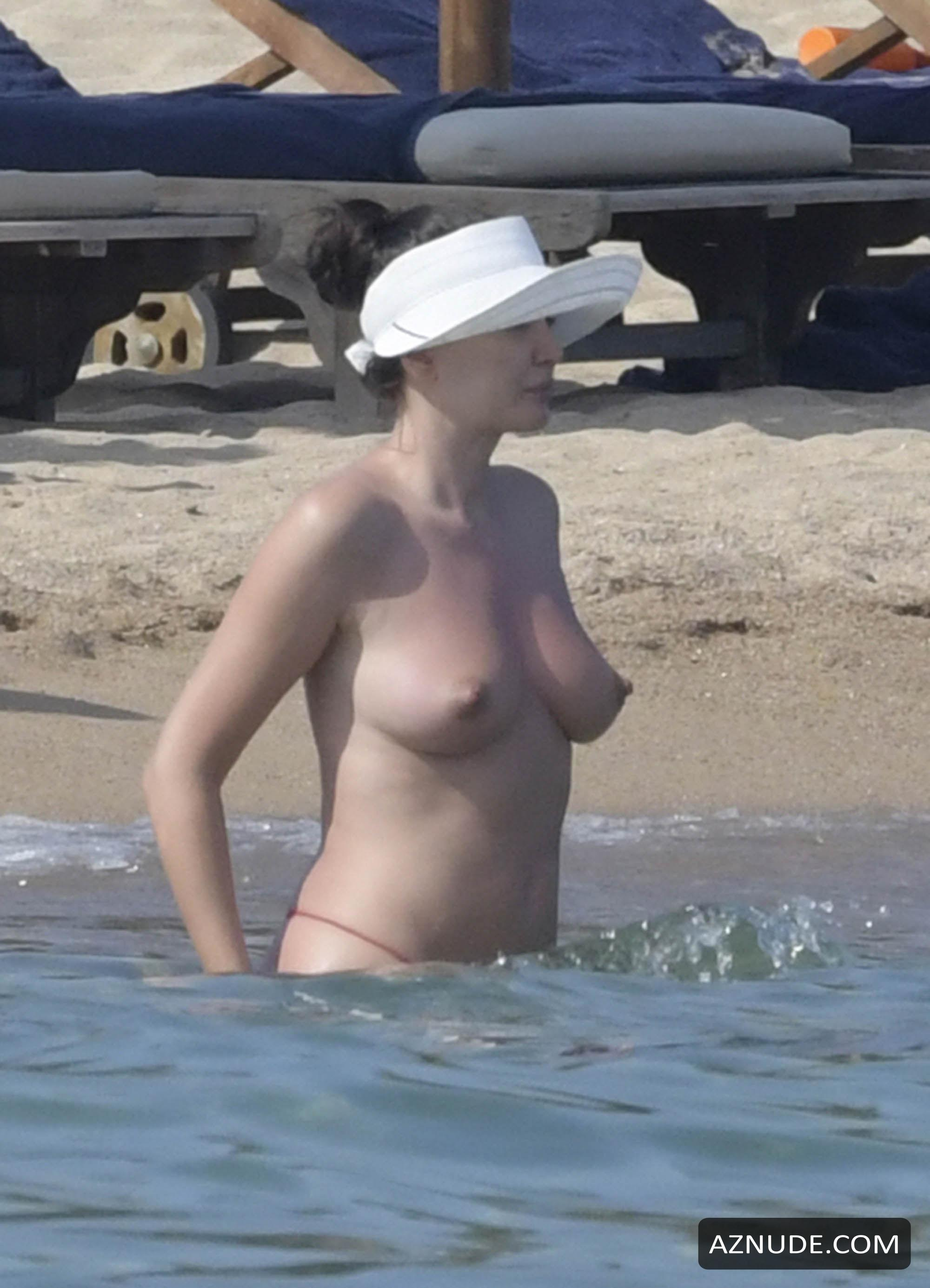 Bleona Qereti Topless In Amazing Tits And Pussy On The -9160