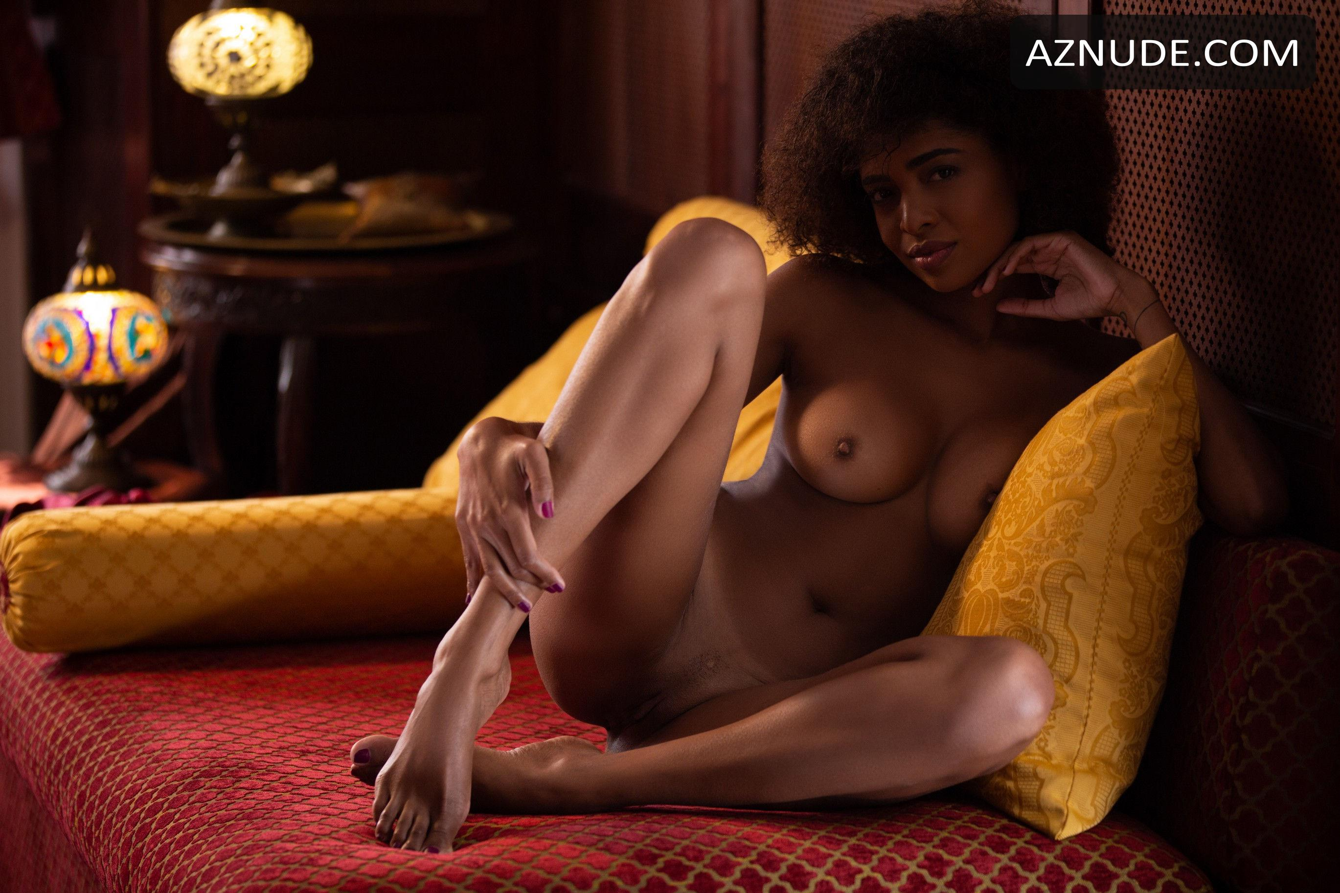 Bruna Rocha Nude And Sexy For Playboy Magazine - Aznude-3621