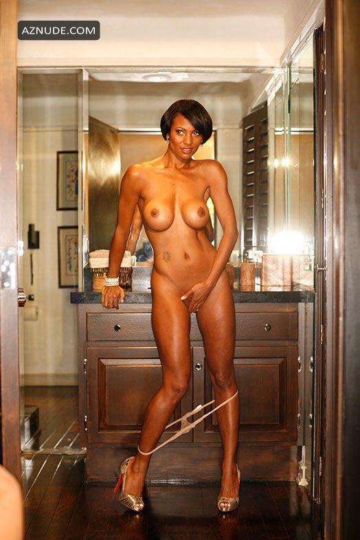 Yellowbone ebony girls naked