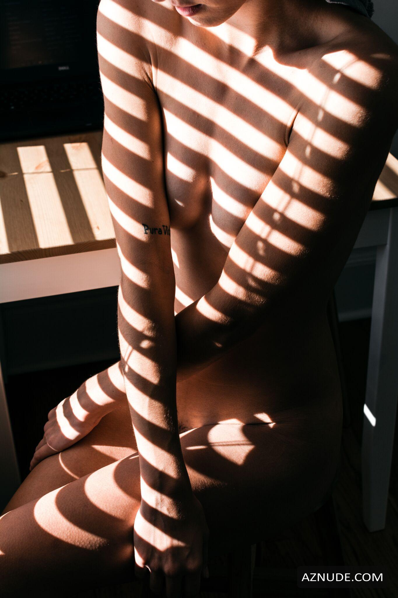 naked (54 photos), Bikini Celebrity pic