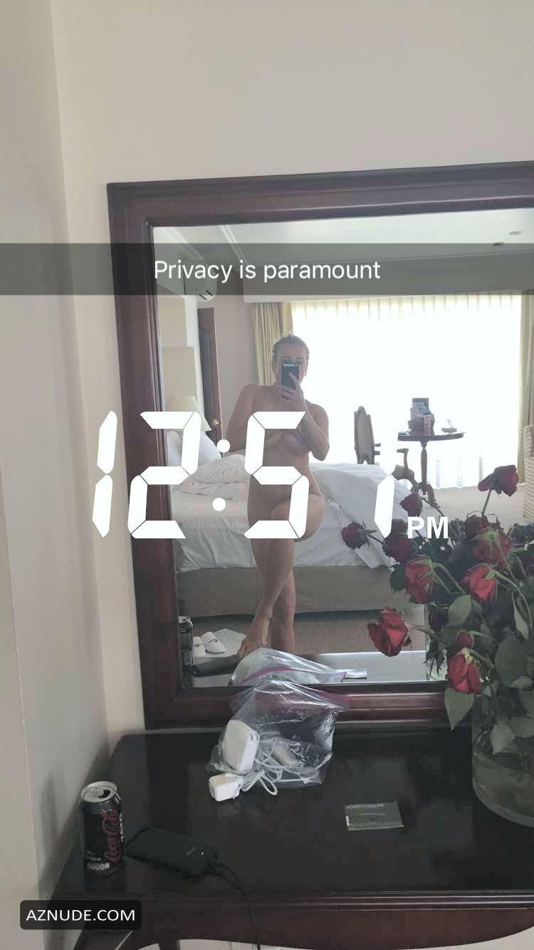 Warm Chelsea Handler Nude Thong Png