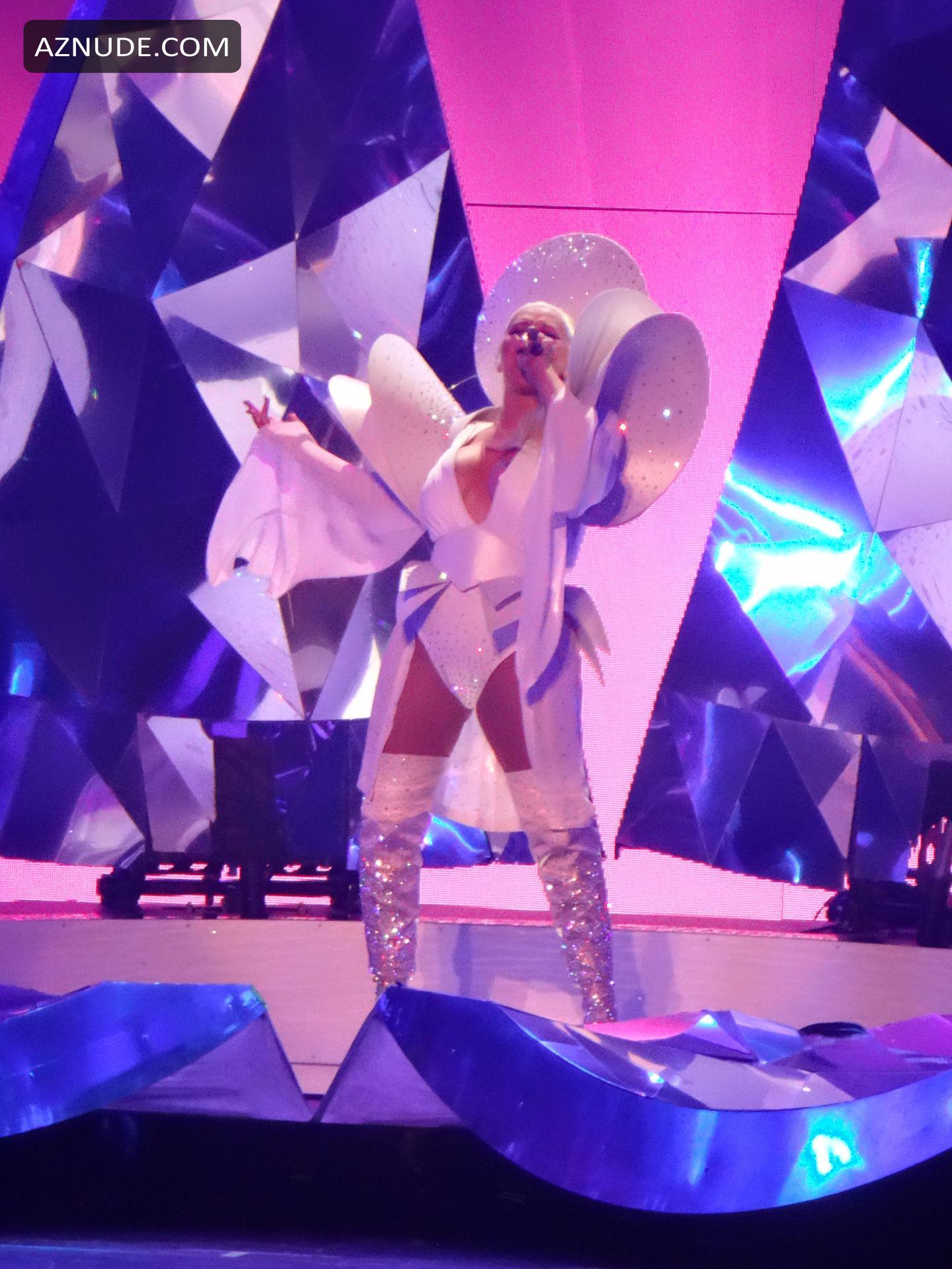 Tits Christina Aguilera Naked Ass Jpg