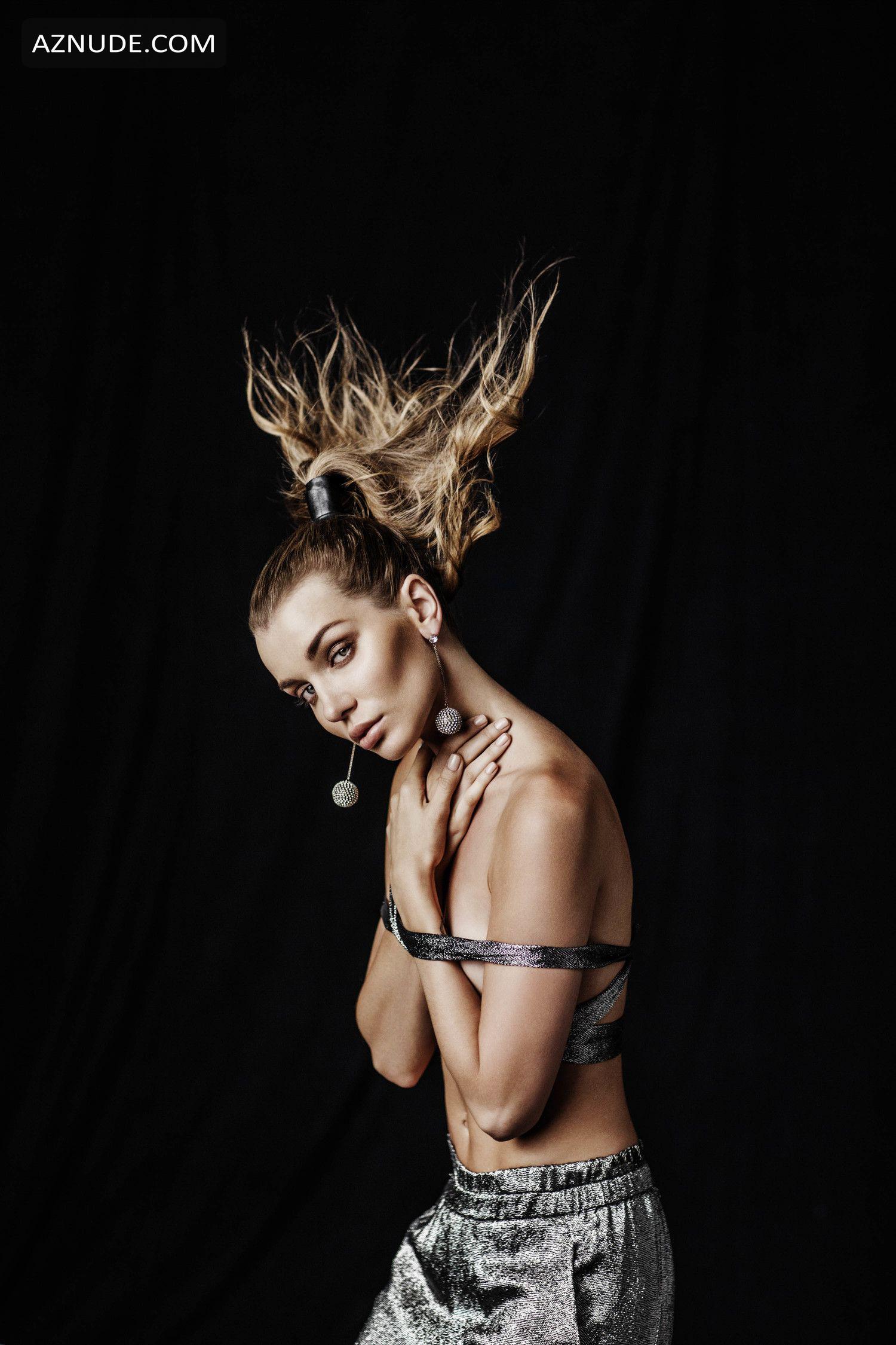 naked (59 photo), Paparazzi Celebrites pic