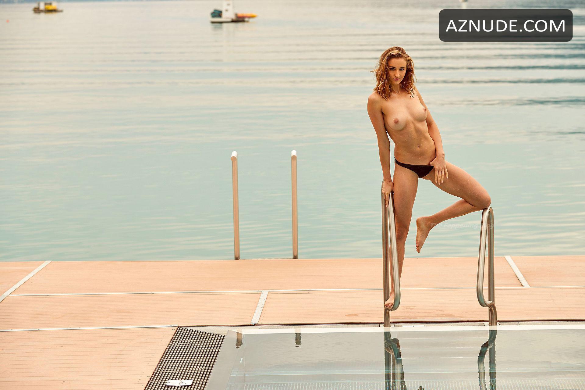 nackt Krawzow Elena Playboy: Swimmer