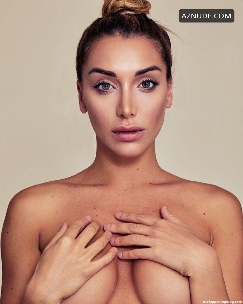 Panicis  nackt Elisa De Model mocks