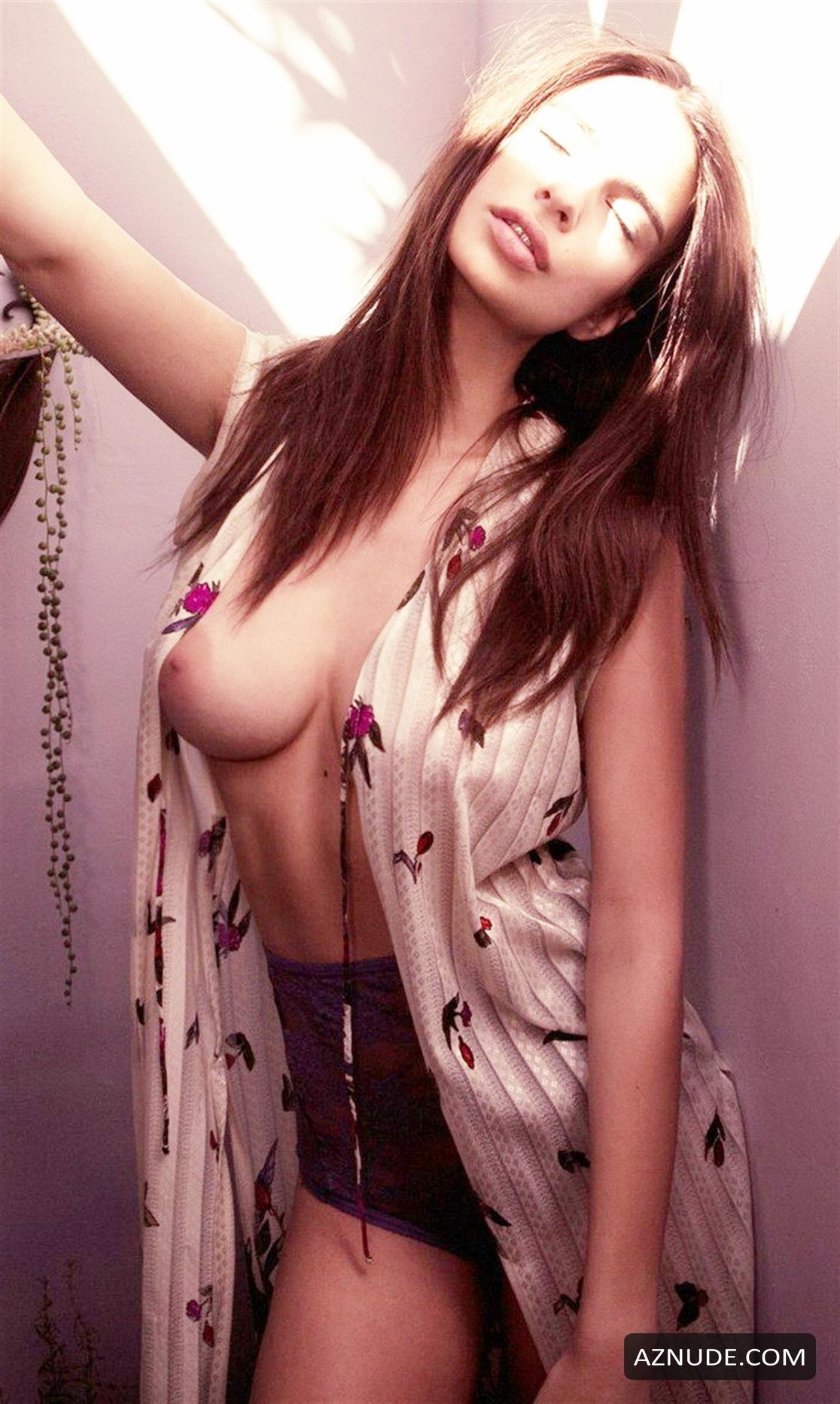 Emily Ratajkowski Nude By Olivia Malone - Aznude-1972