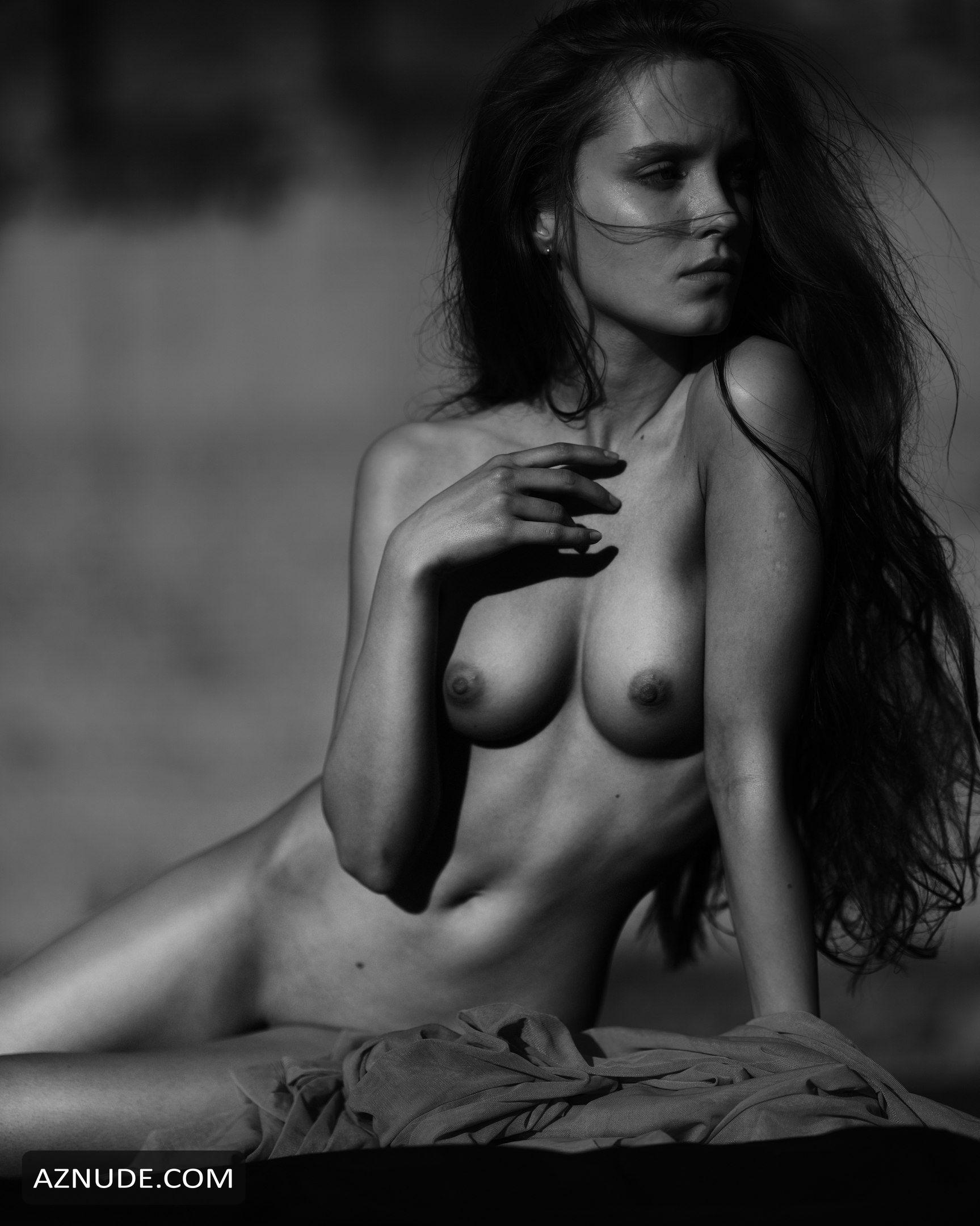 Fenix Raya Nude Photos and Videos