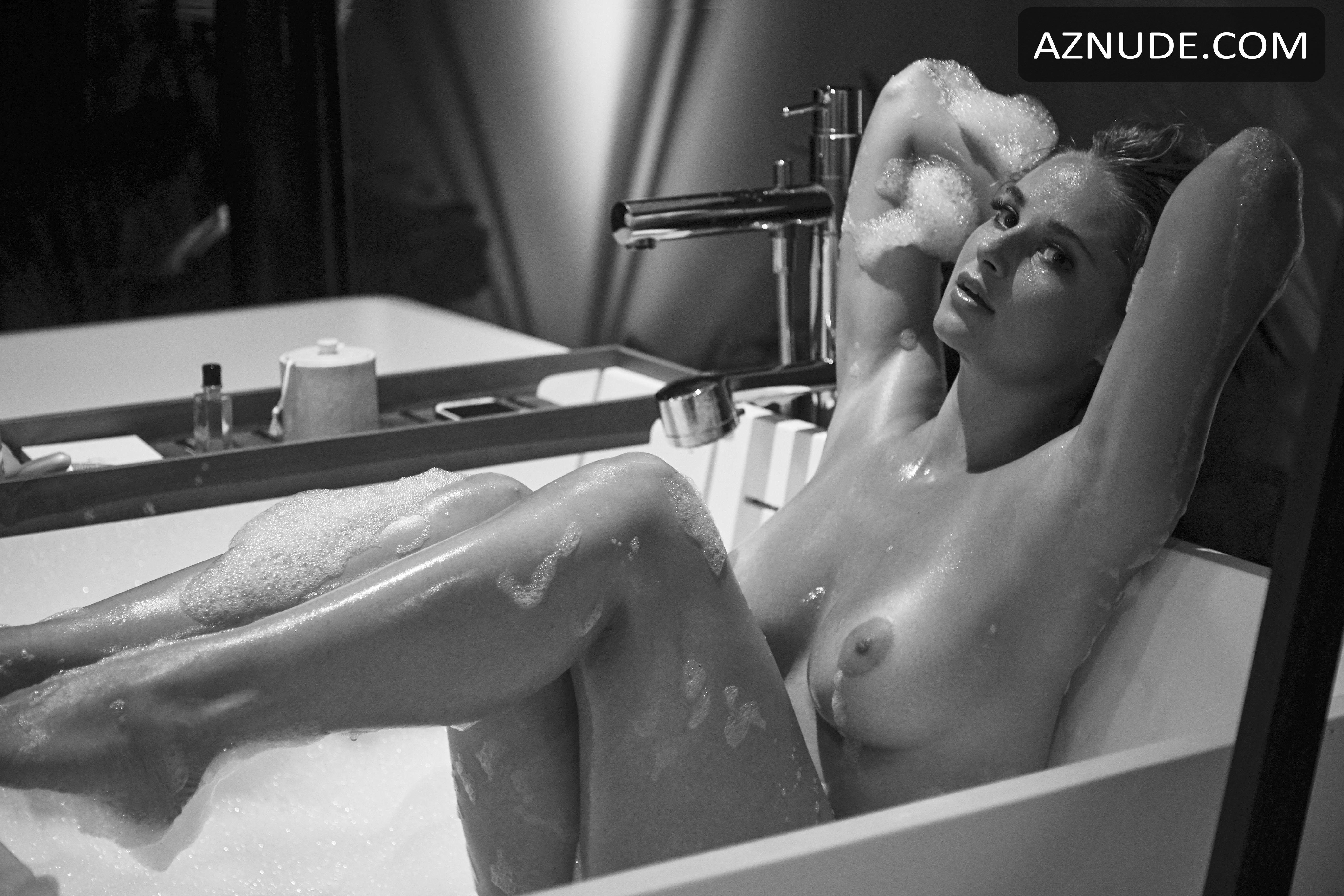 Genevieve Morton Nude - Aznude-2765