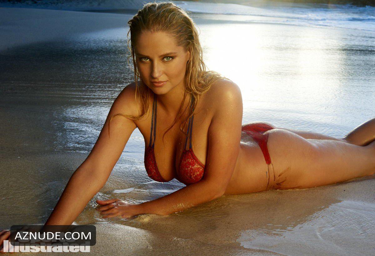 Genevieve Morton Nude Somewhere On The Beach - Aznude-9738