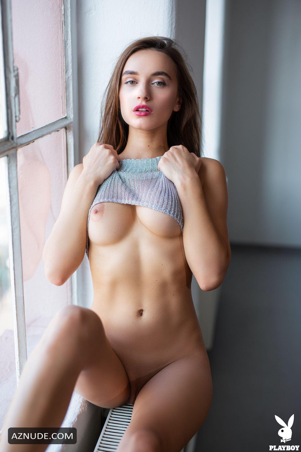 Naked Sofia Vergara Nude Magazine Gif