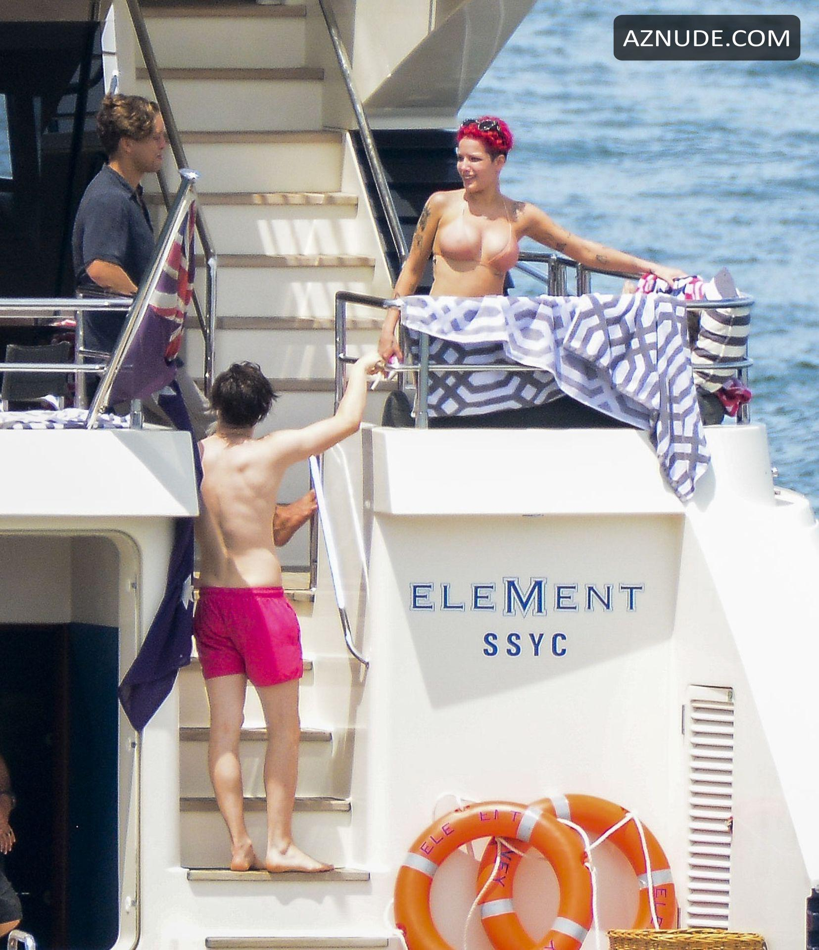 Halsey and her rumored boyfriend Yungblud spotted on a ...