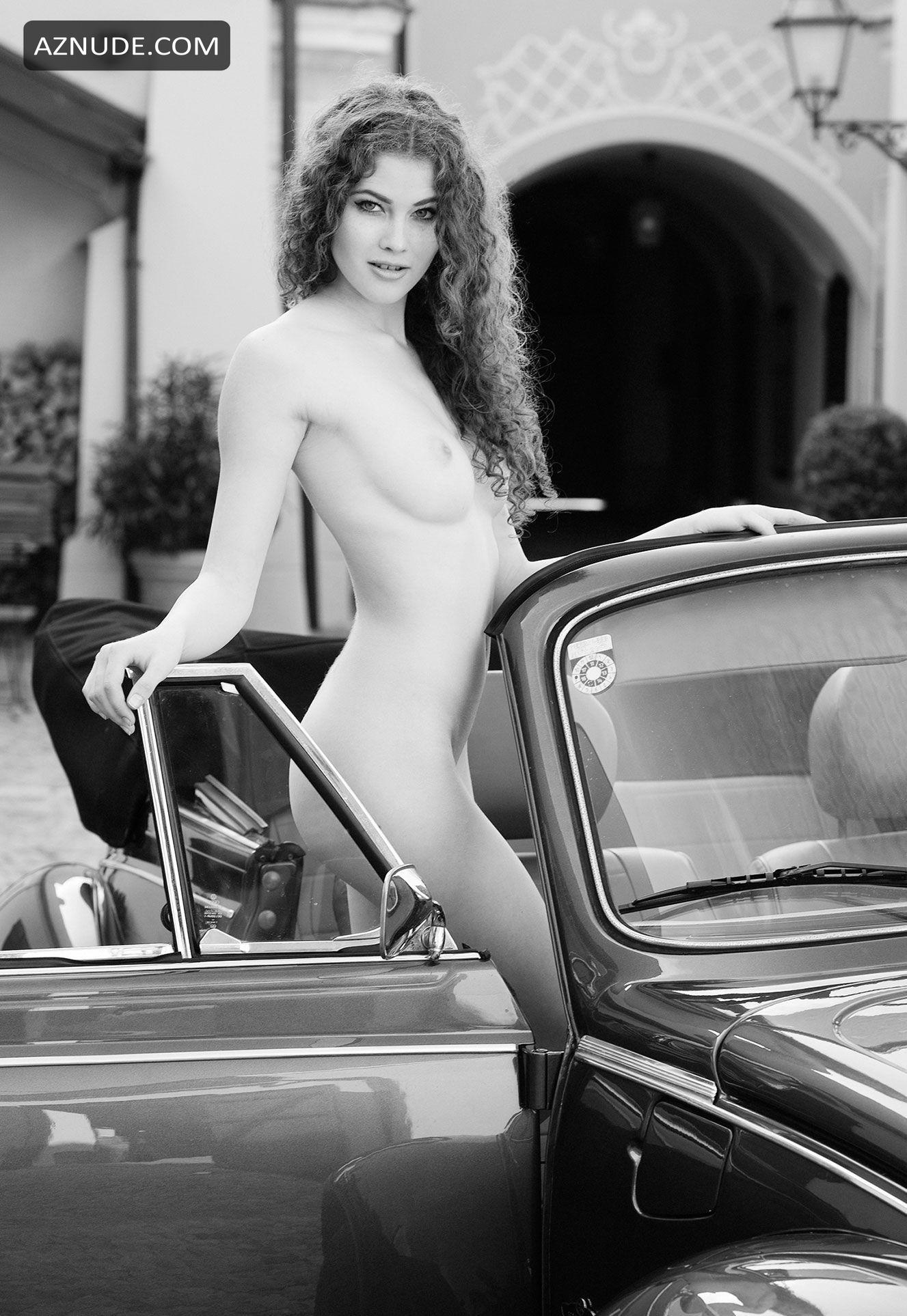 amanda paris topless