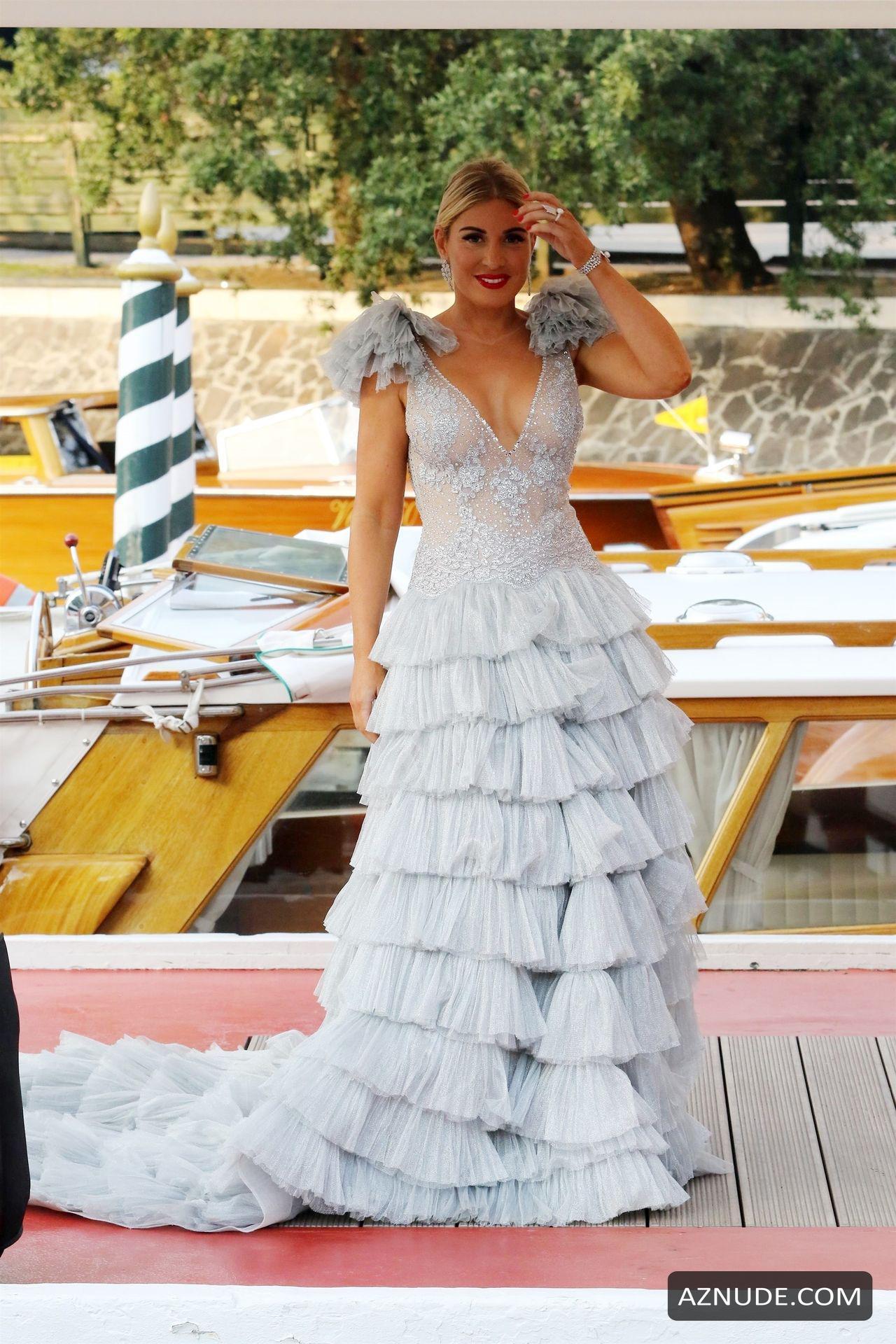 Фото коротких свадебных платьев простого фасона часть