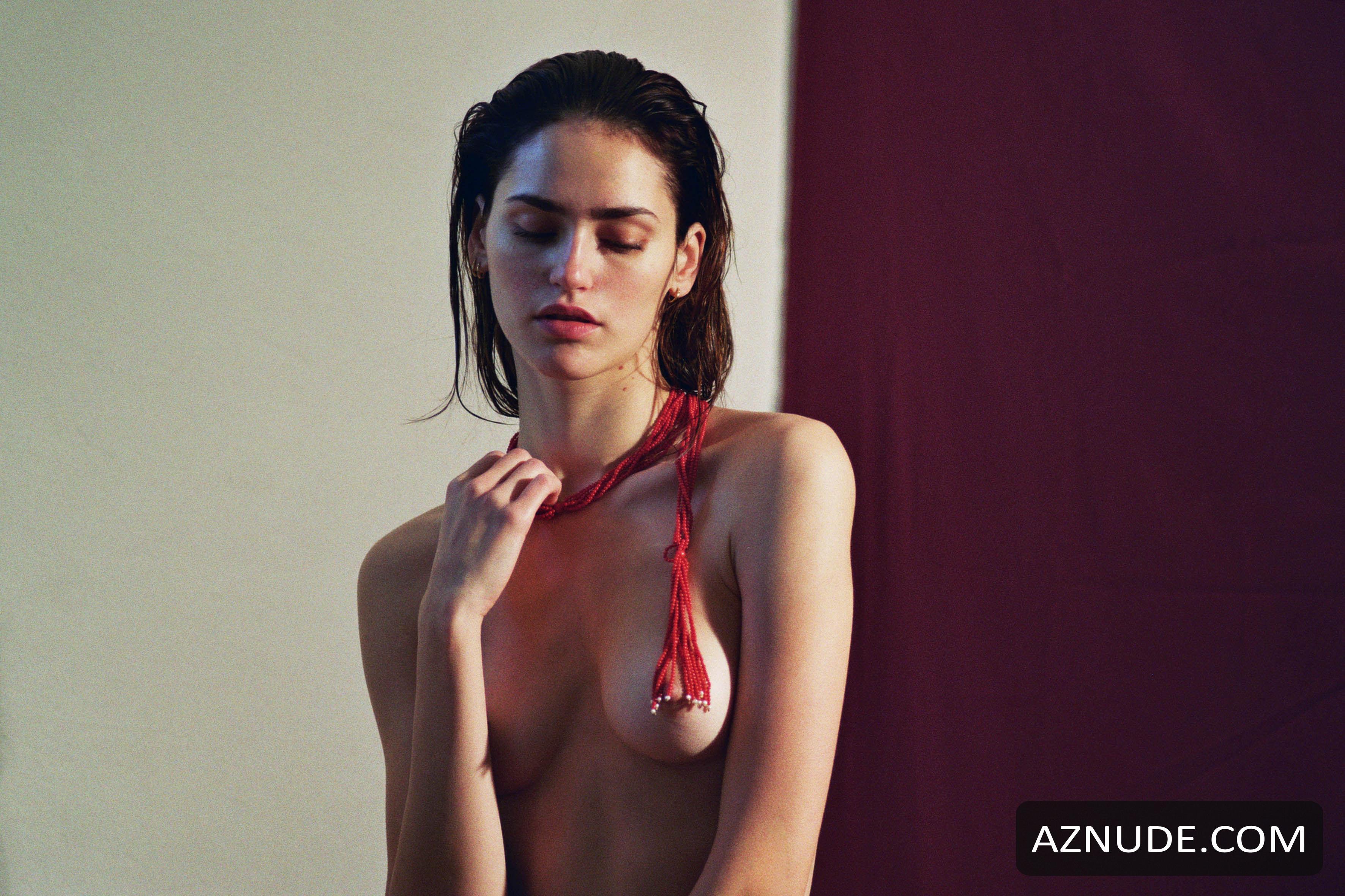 Nackt Iuliia Danko  Naked Iuliia