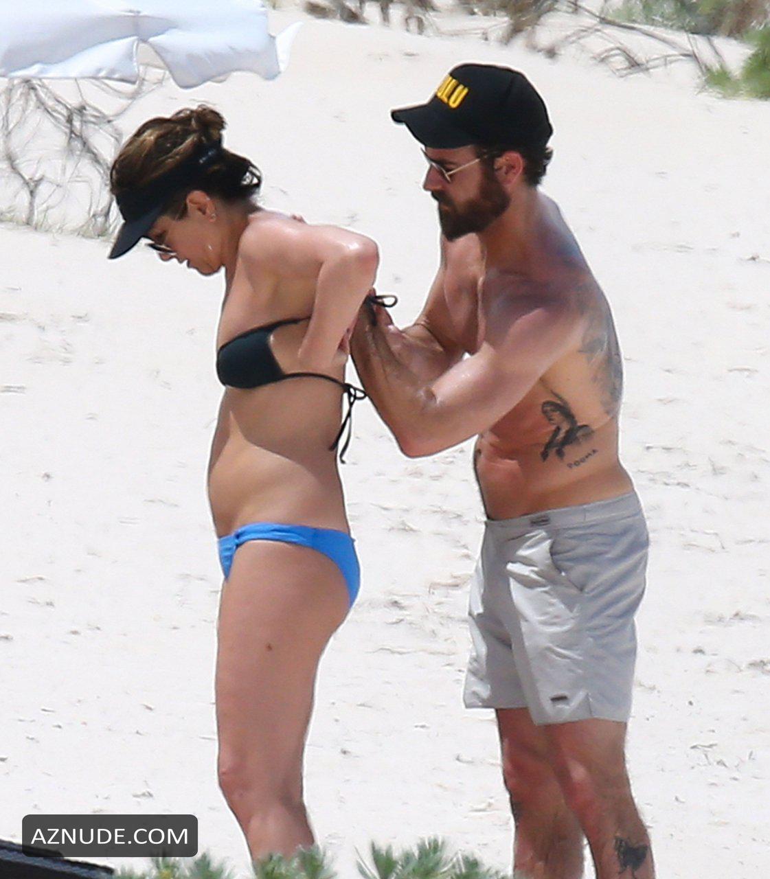 Superstar Nassau Bahamas Nude Beach Photos