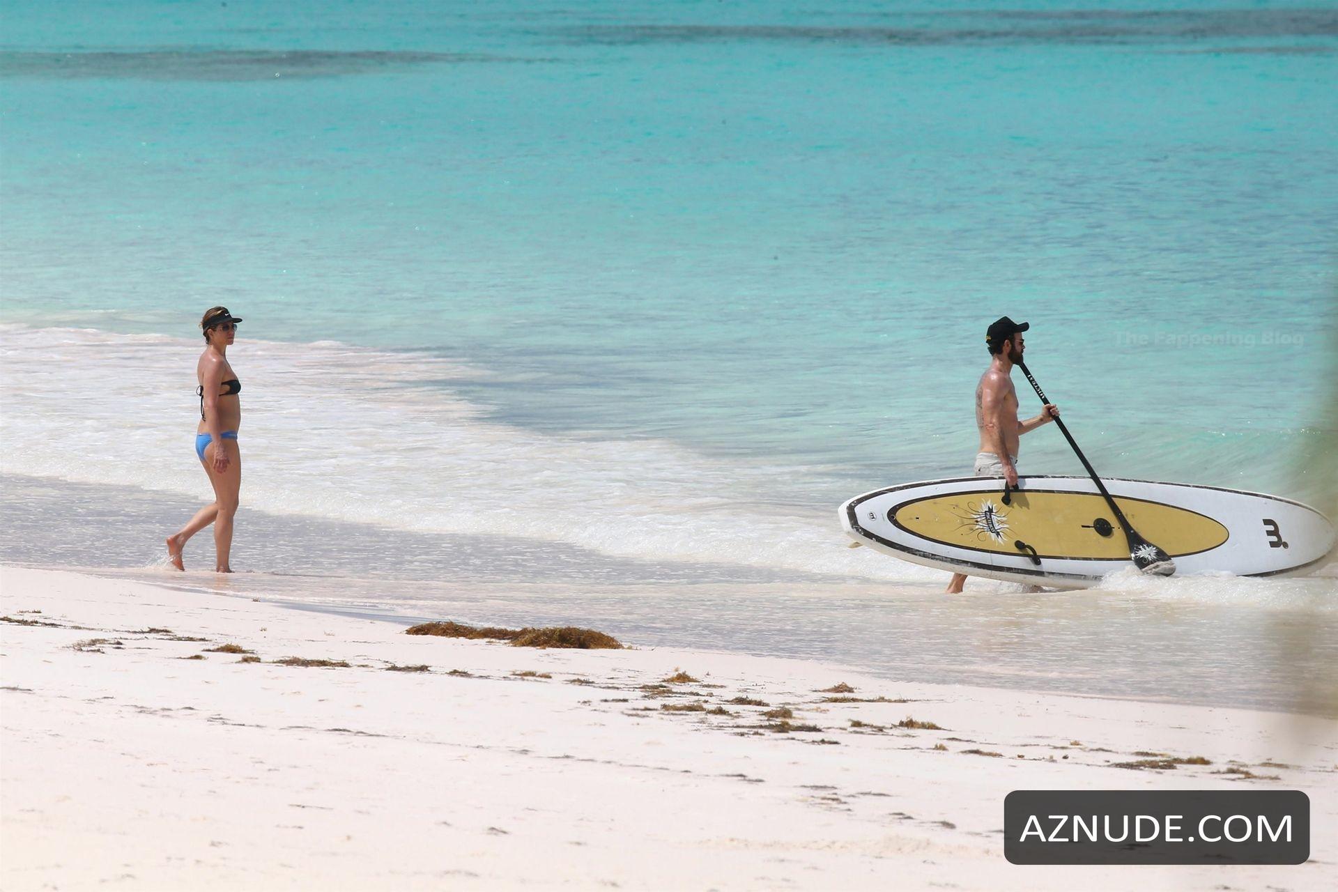 Sexy Nassau Bahamas Nude Beach Gif
