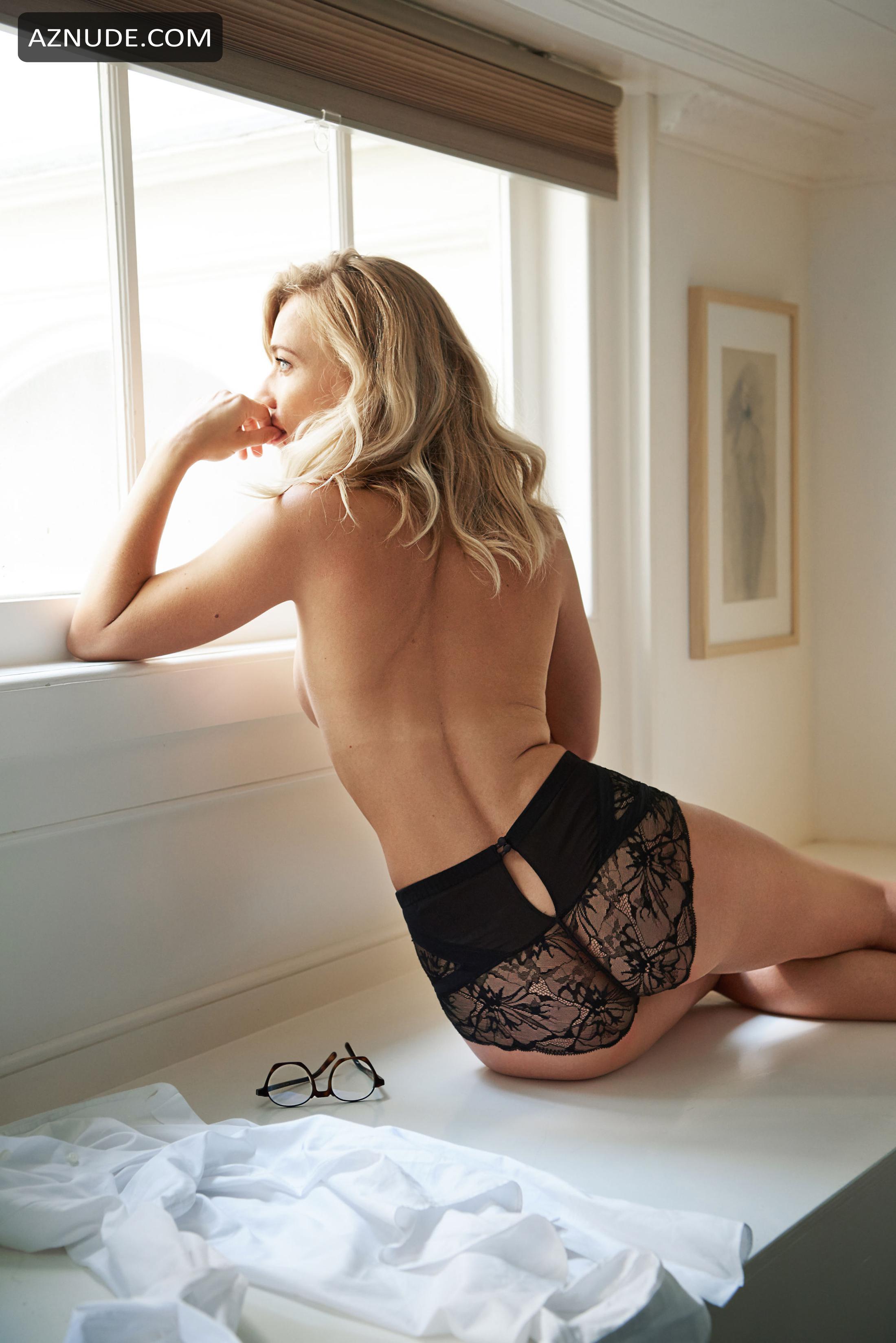 Jennifer Hoffman  nackt