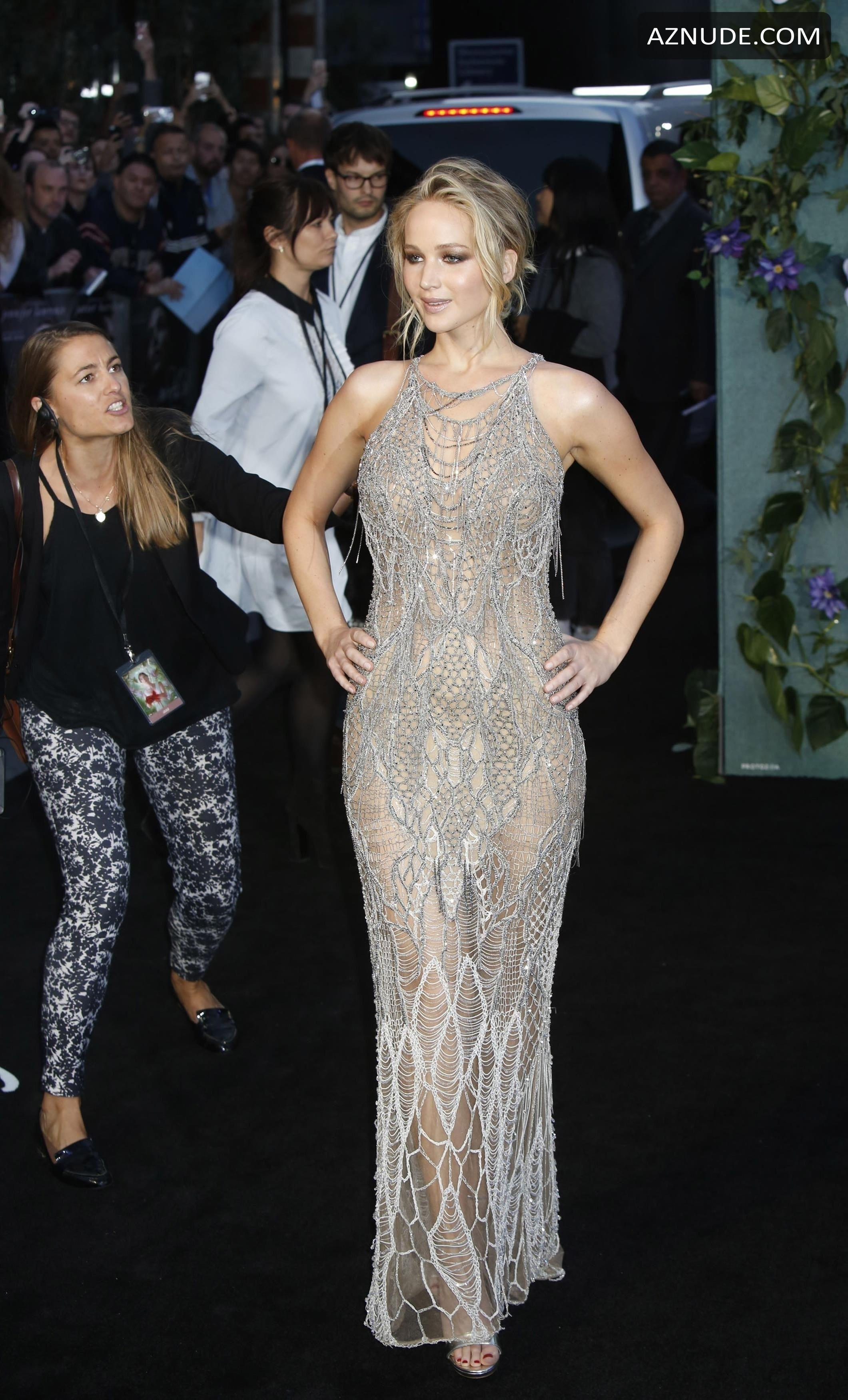 Jennifer Lawrence Sexy At Mother Uk Premiere At Odeon -9587