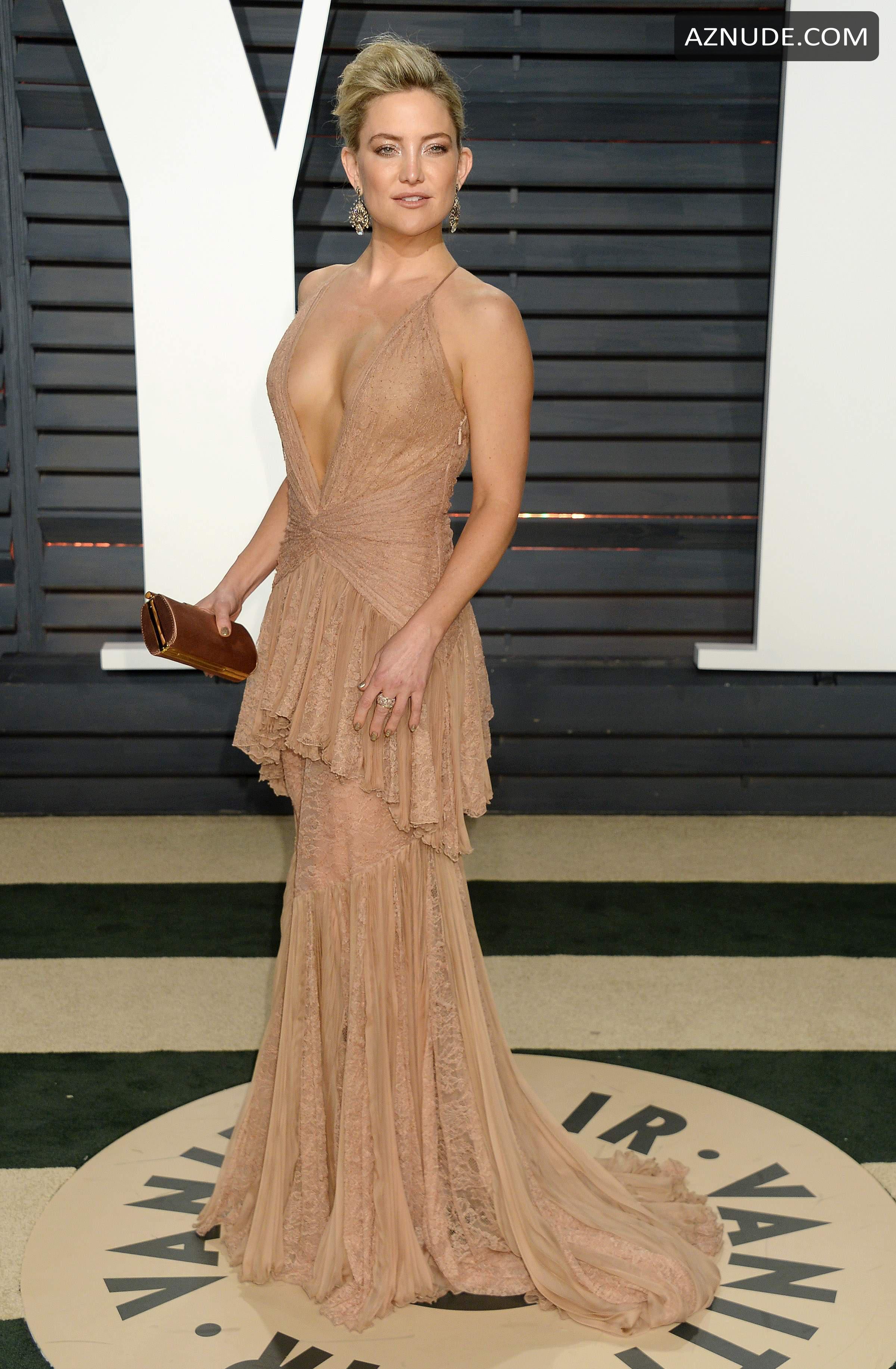Kate Hudson Braless At The Vanity Fair Oscar Party In Los -4275