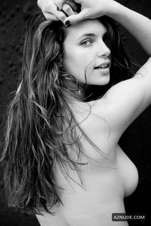 Sorbara nackt Kathleen  Kathleen Sorbara