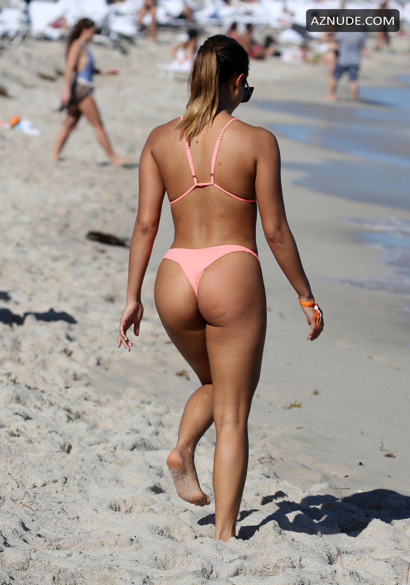 Cassidy Banks Nude | Hot Girl HD Wallpaper