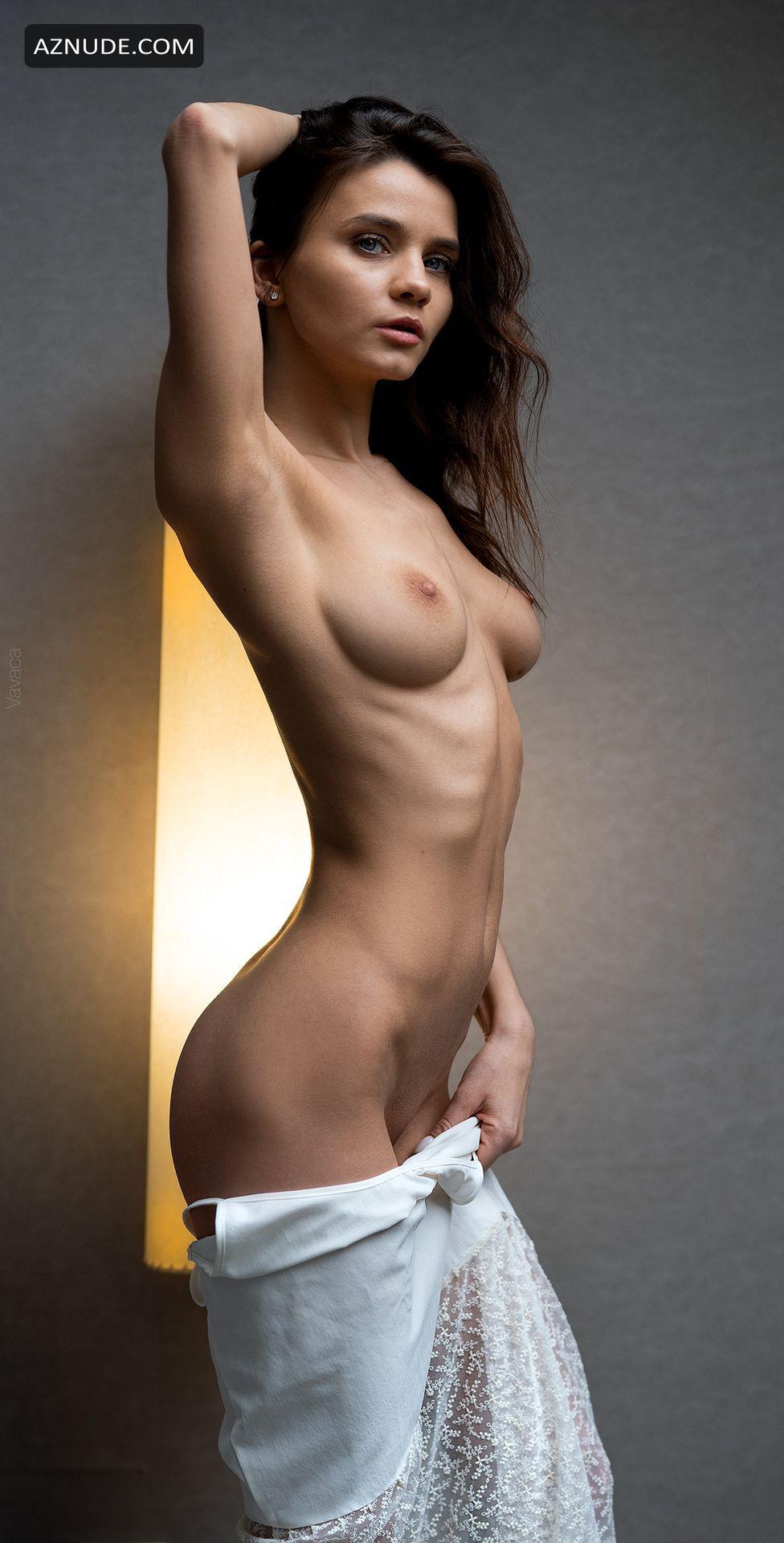 Jessie Emma Nackt