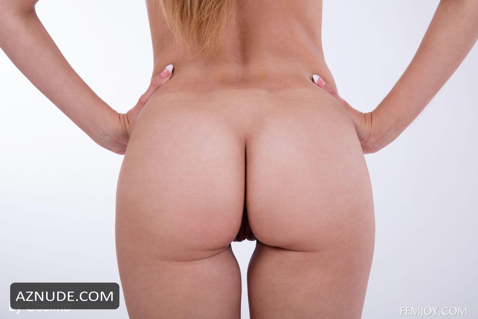 Lara Sugar  nackt