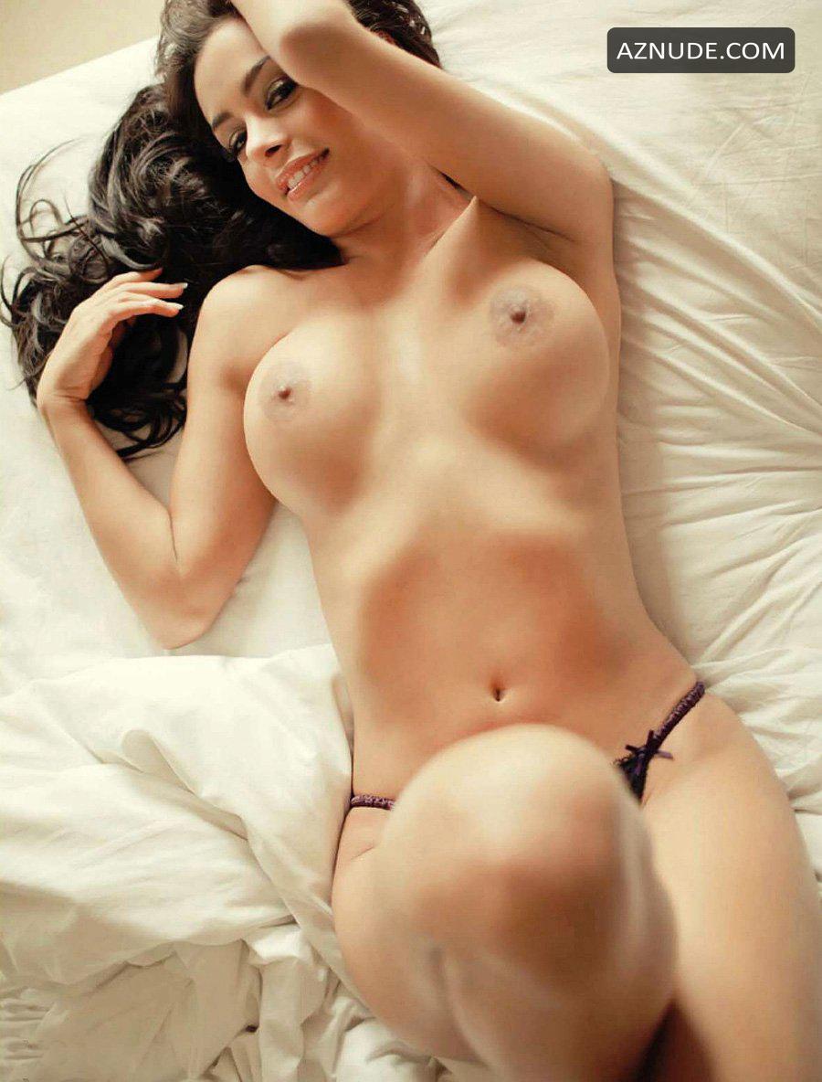 Nude larissa riquelme Larissa Riquelme
