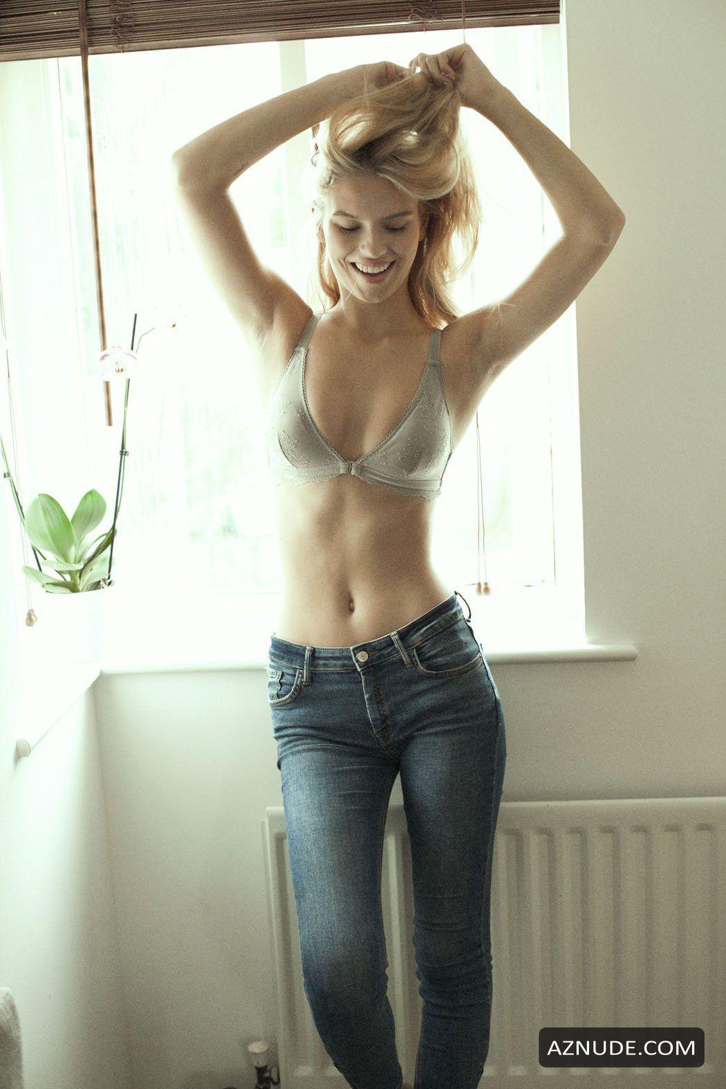 Lea Mohr  nackt