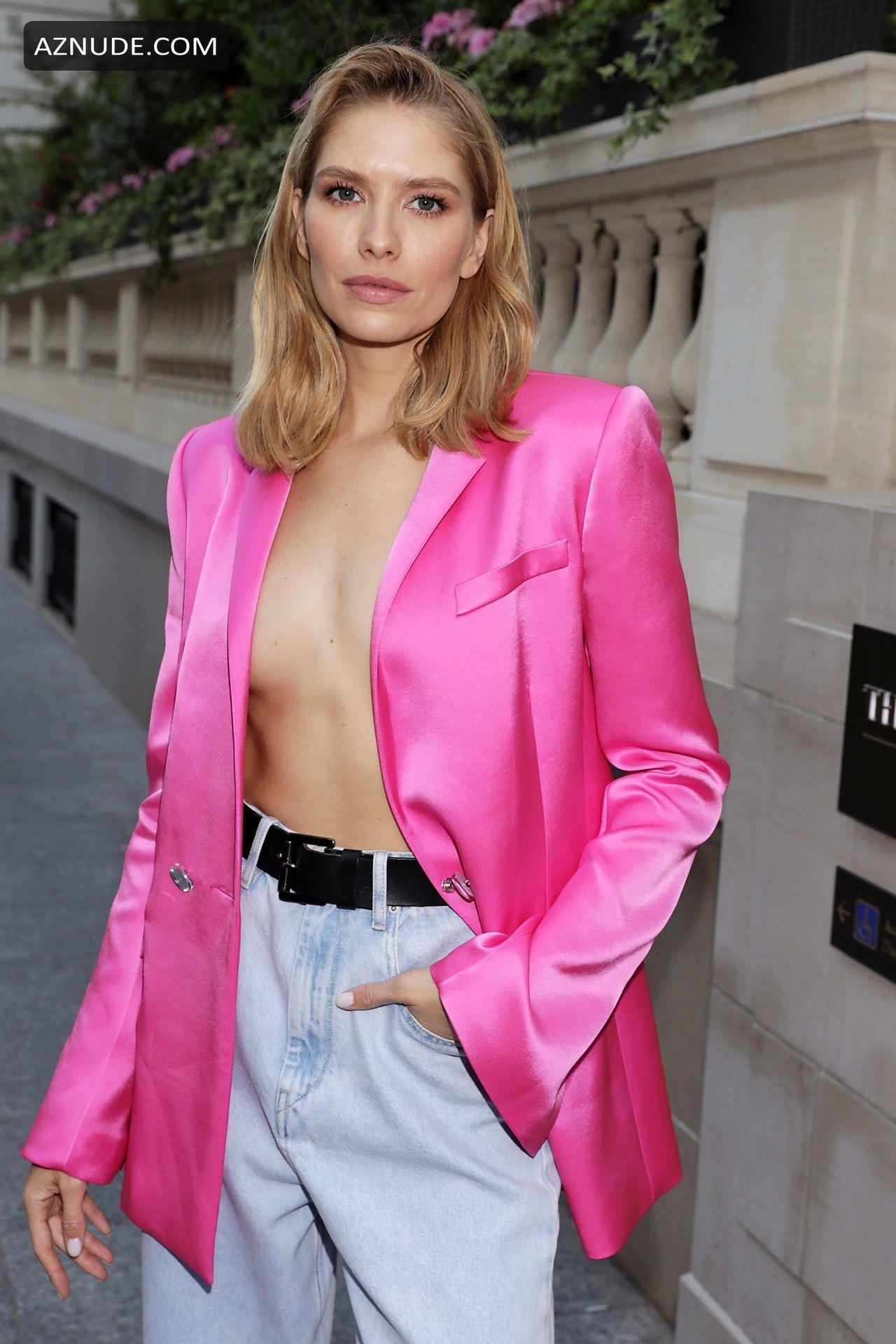 Nackt  Elena Perminova Model Elena