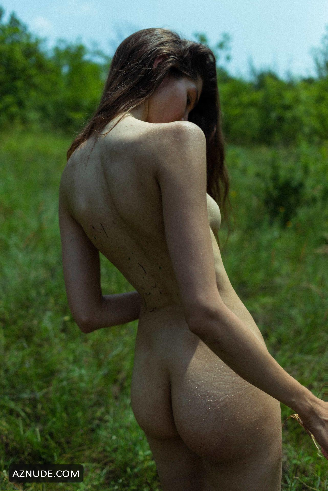 Lina Lorenza Goes Nude In A New Photoshoot By Davide -1457