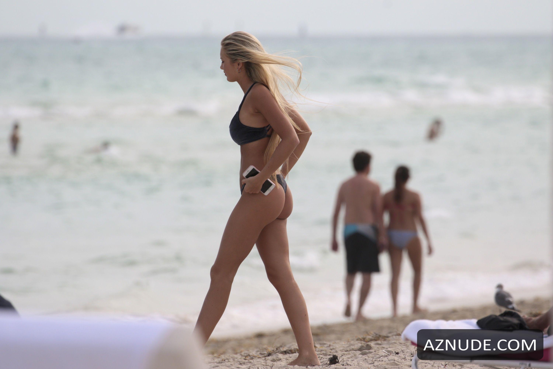 Ludmila nackt Isabella Porn Videos
