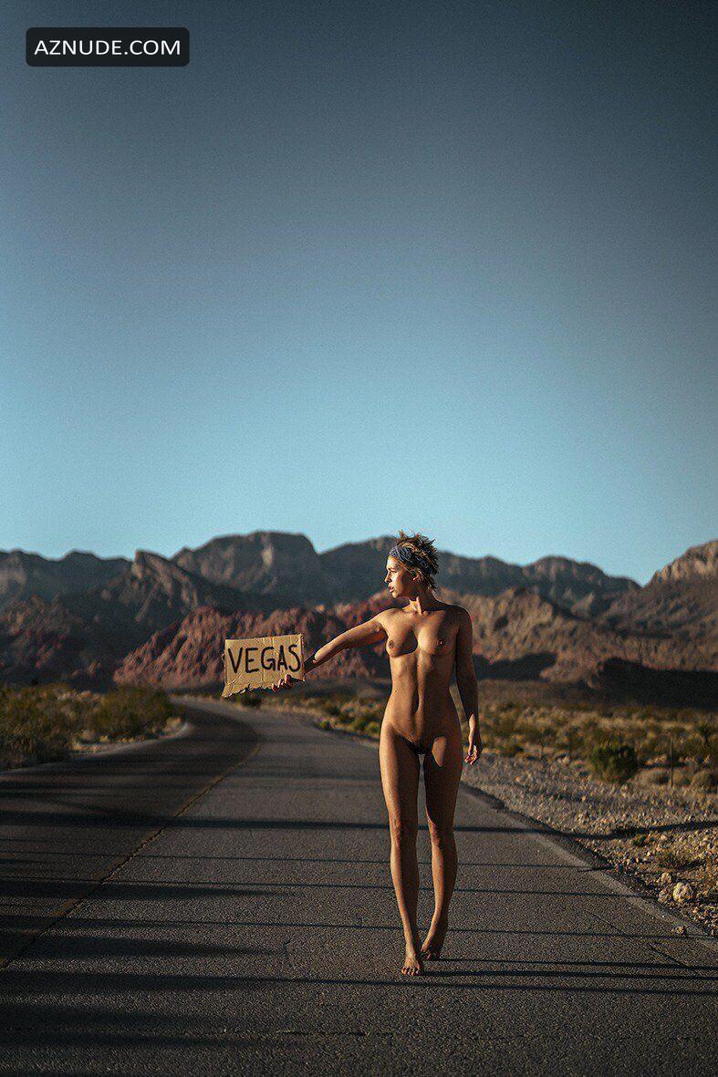 Superstar Natalie Robb Nude Photos