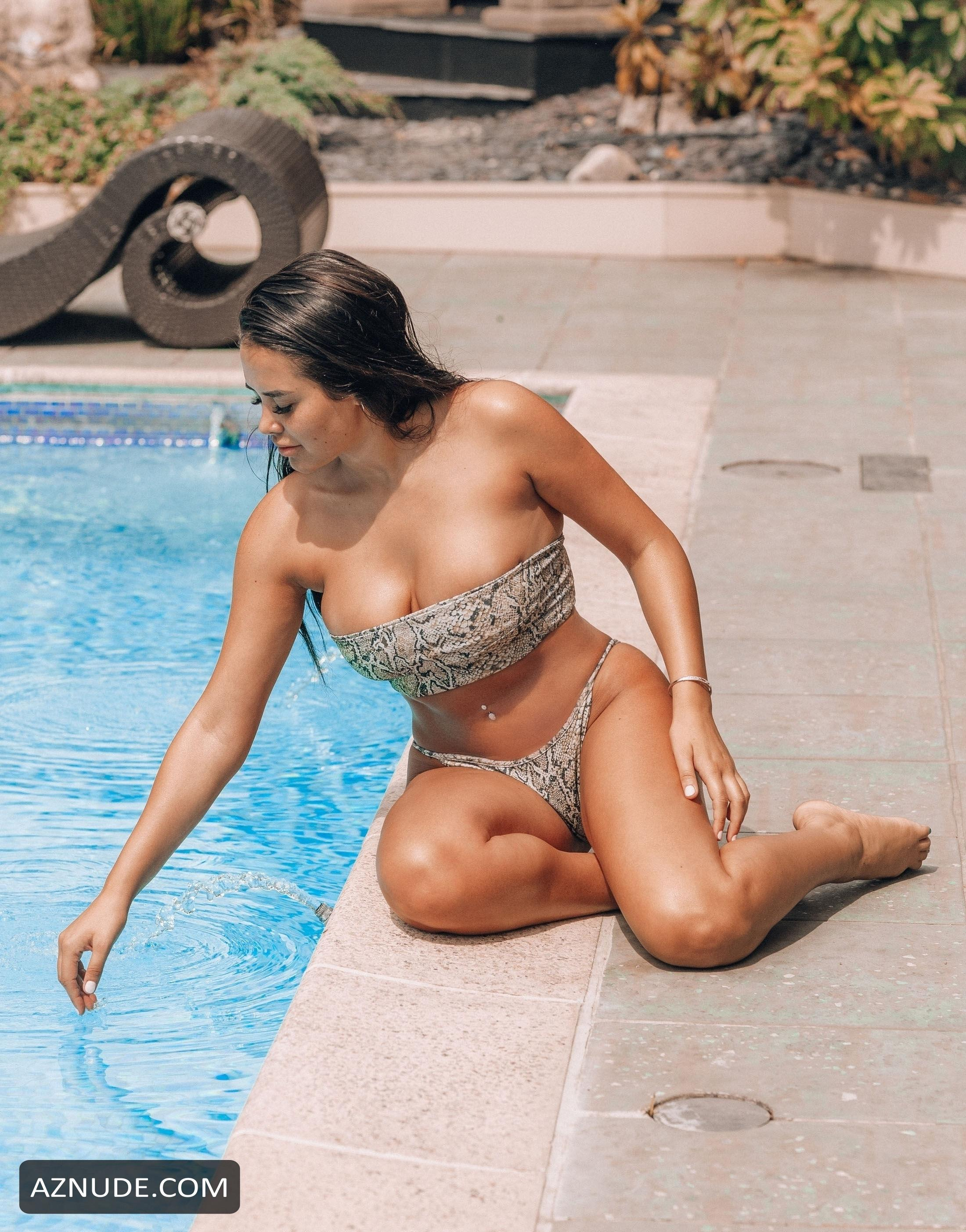 Marnie simpson nude
