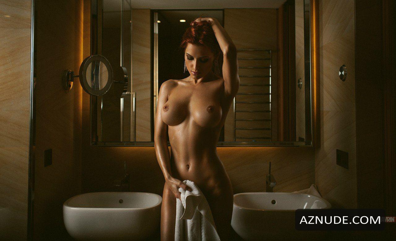 Sideboobs Megan Moore naked (75 photos), Ass, Is a cute, Instagram, braless 2020