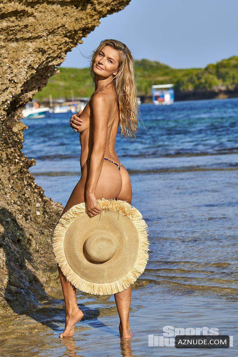 Hots Paulina Nude Scenes
