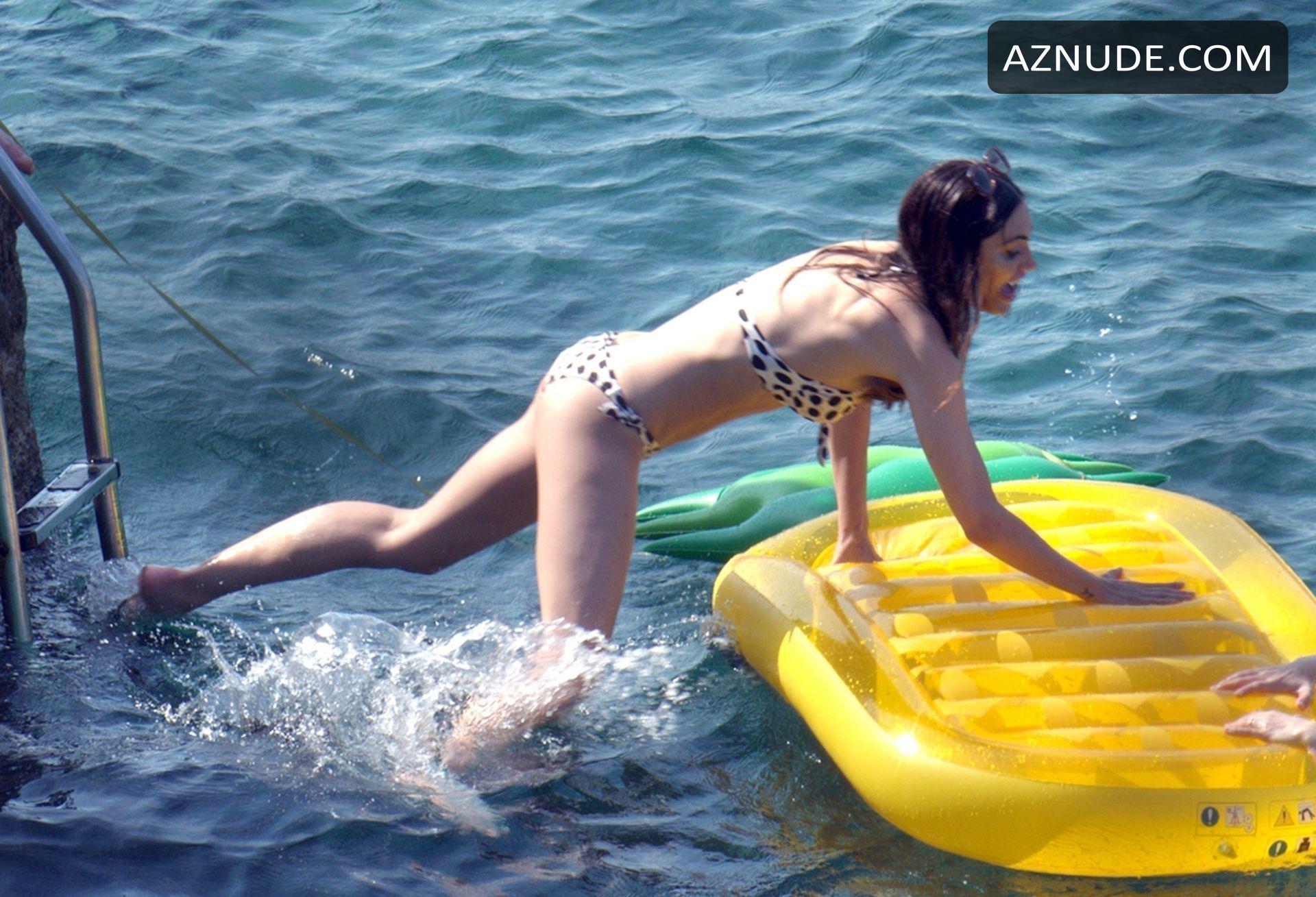tonkin bikini Phoebe