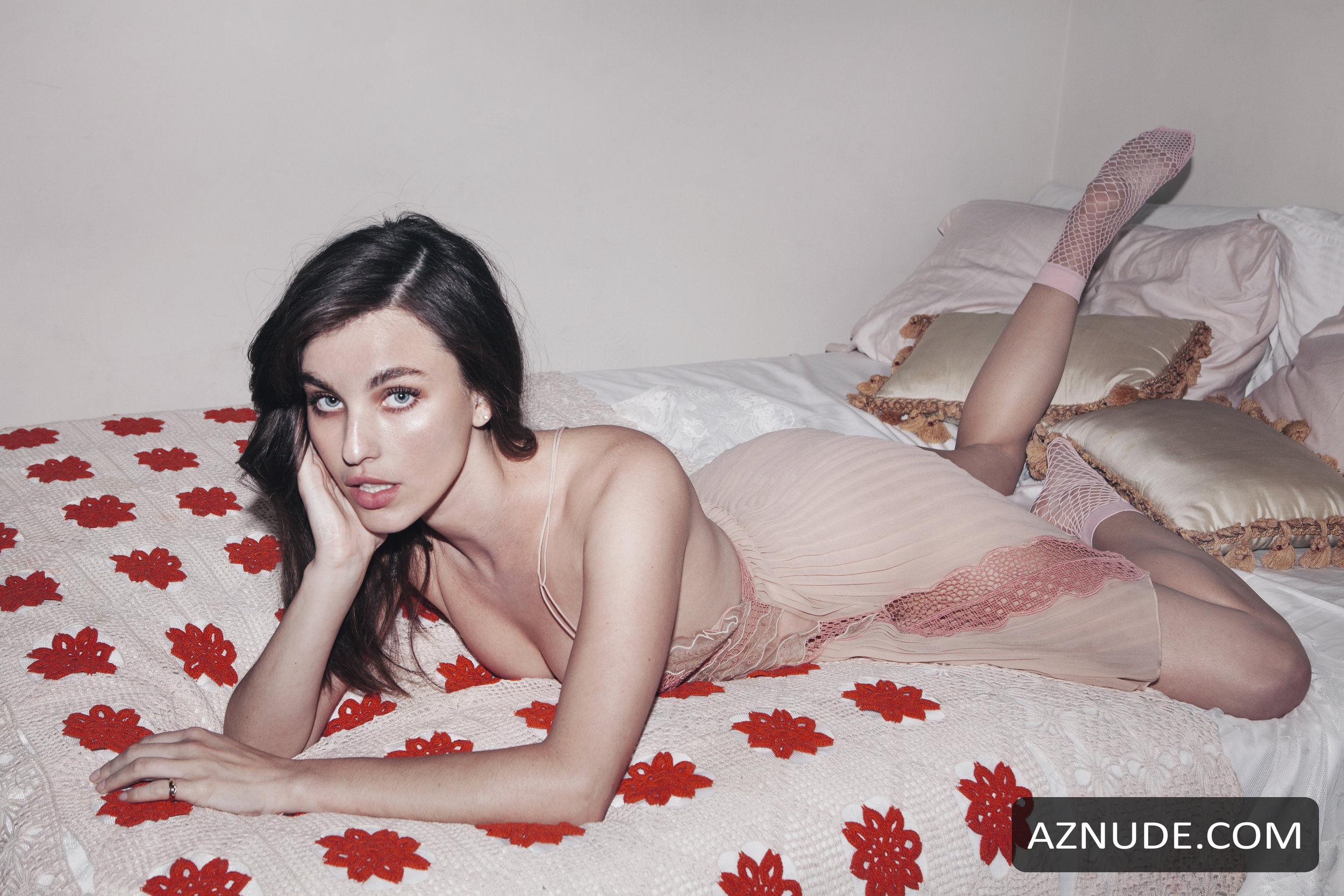 Rainey qualley nude