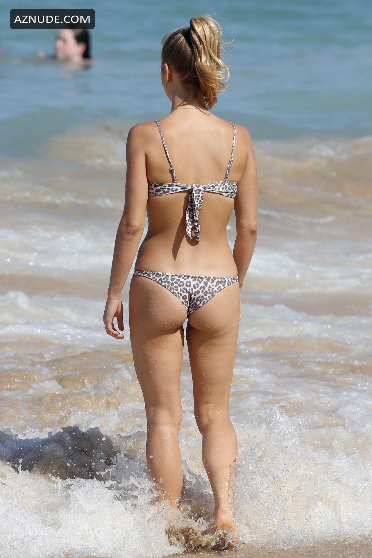 Sailor Brinkley Hits The Beach In A Leopard-Print Bikini -9841