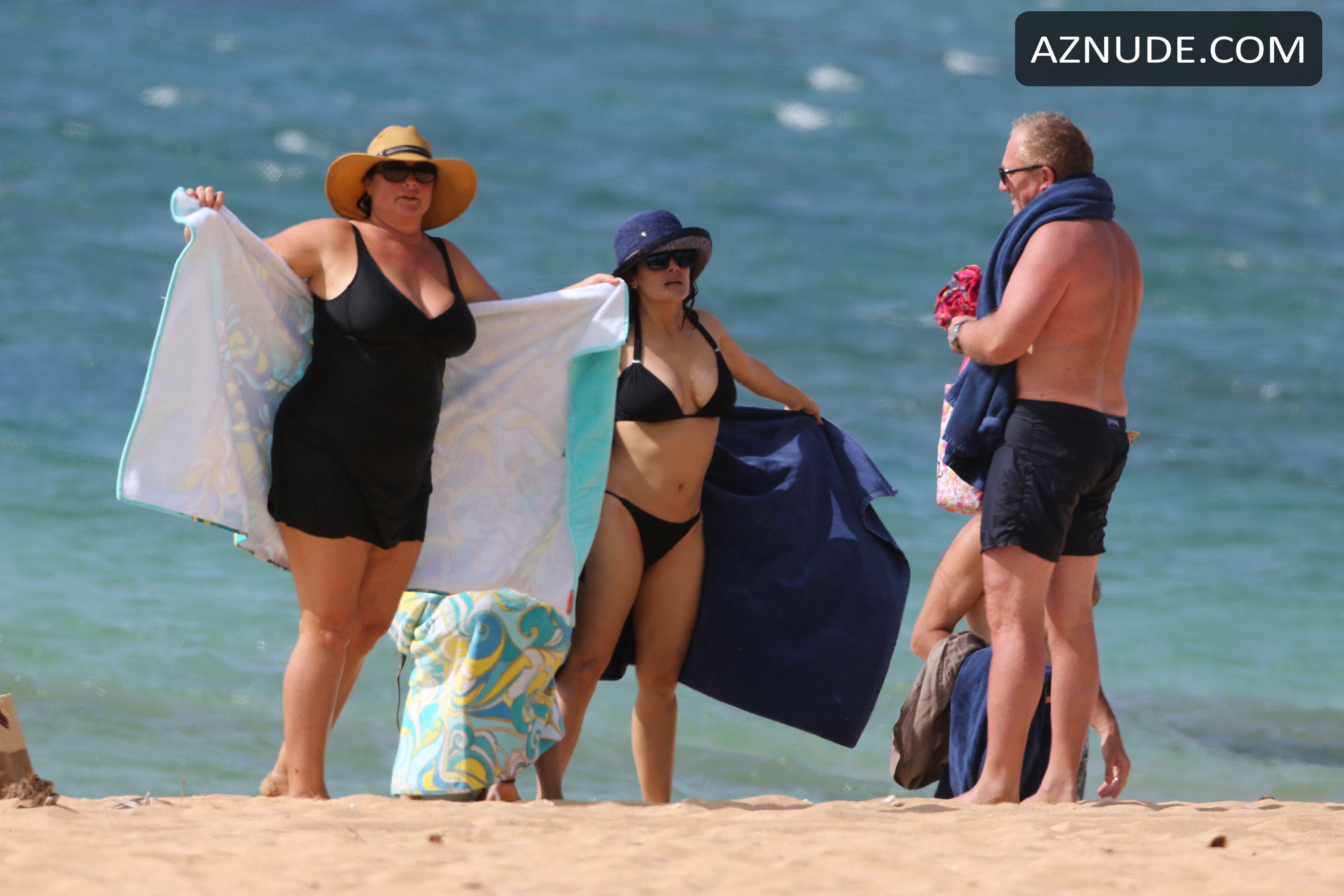 Boobs Hollywood Salma Hyek Nude Images