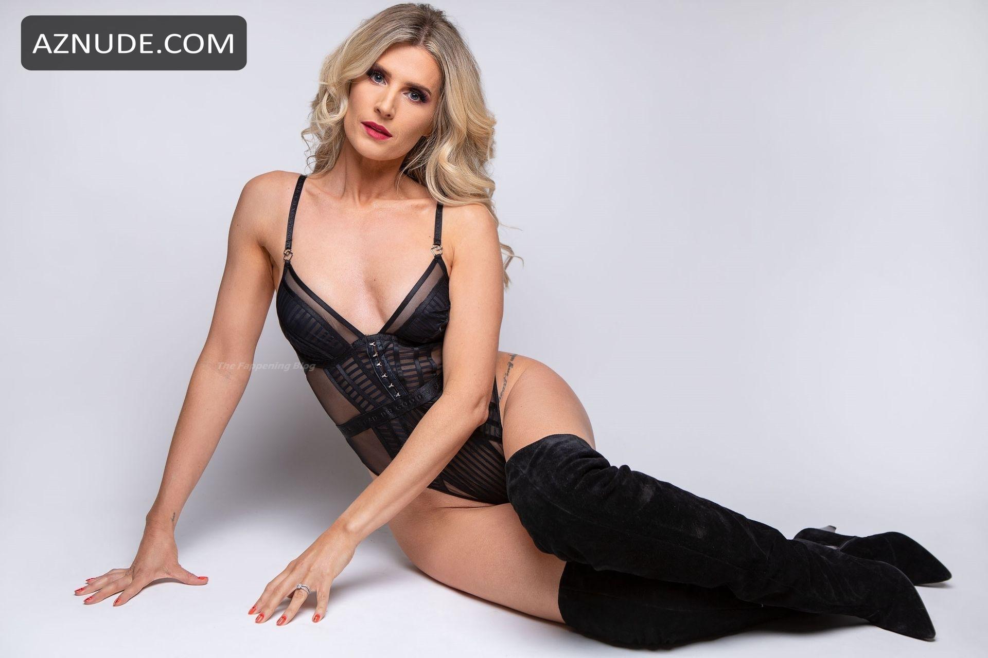 Sarah Jayne Dunn  nackt