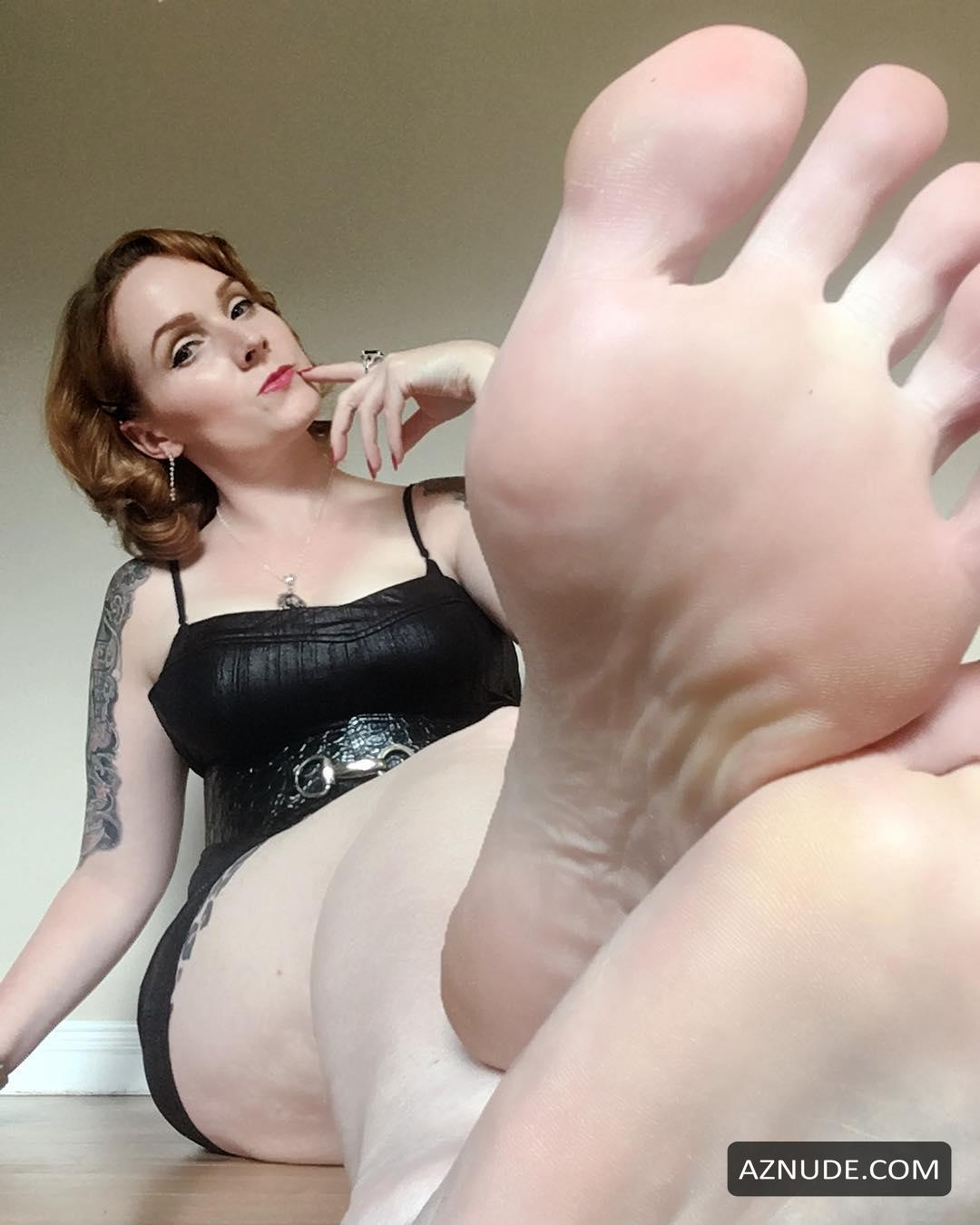 Snapchat Scarlett Vixxen naked (36 foto and video), Tits, Cleavage, Feet, underwear 2015
