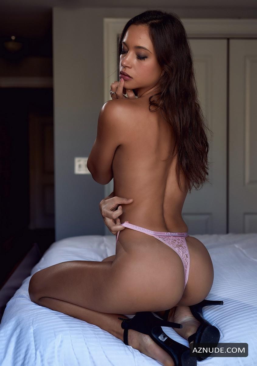 Best Sophie Gradon Nude Photos