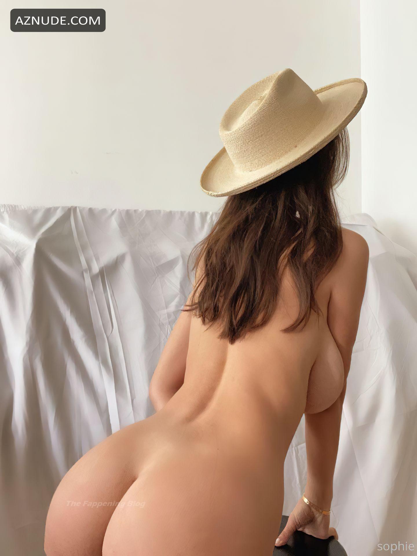 Bikini Sophie Mudd Nude Jpg