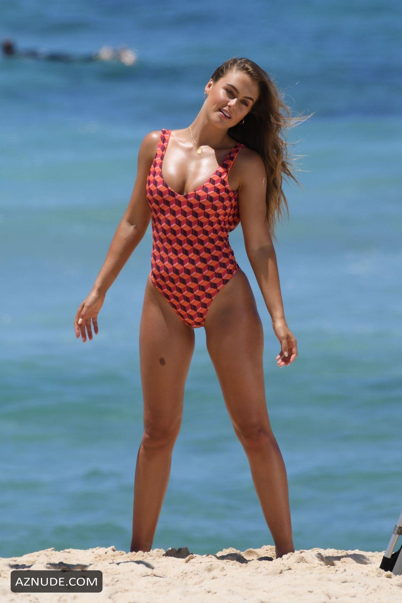 Stephanie Claire Smith Nude - Aznude-9302